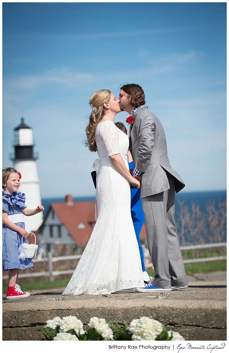 Portland Headlight and Dimillo's Wedding - Portland lighthouse ceremony