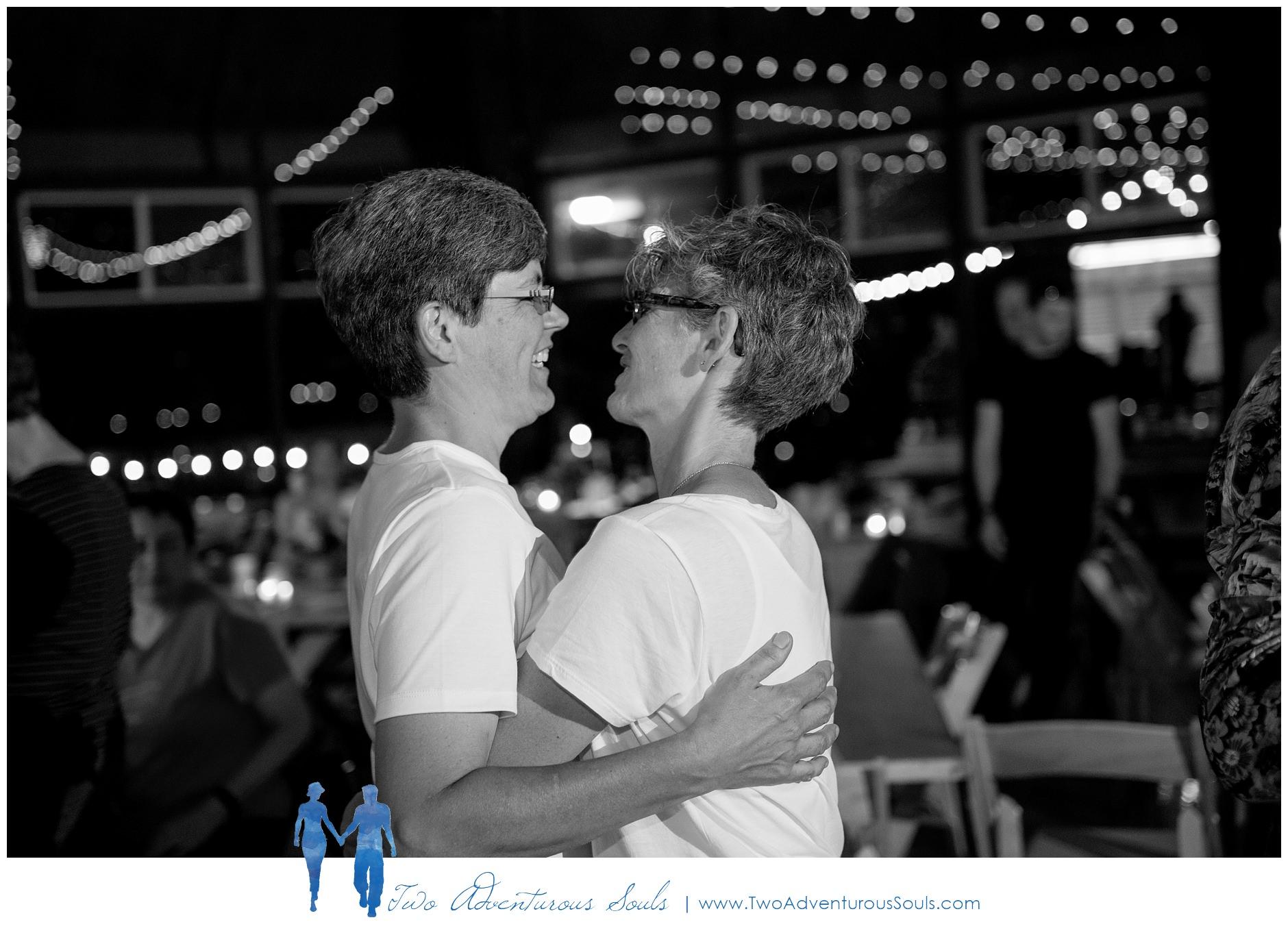 090217-Mindy-Karen-sneaks-104_WEB-Maine-Wedding-and-Portrait-Photographer.jpg