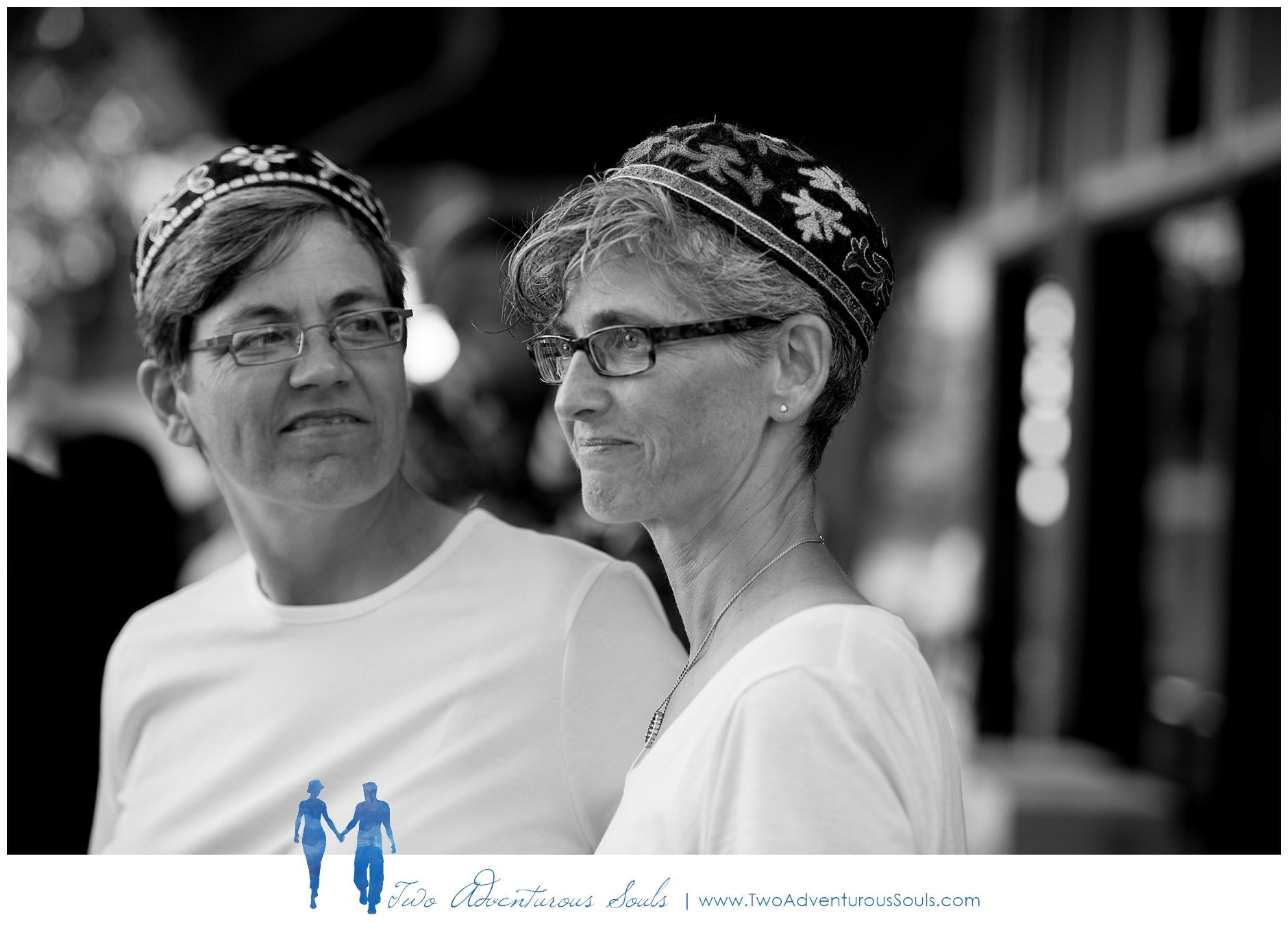 090217-Mindy-Karen-sneaks-54_WEB-Maine-Wedding-and-Portrait-Photographer.jpg
