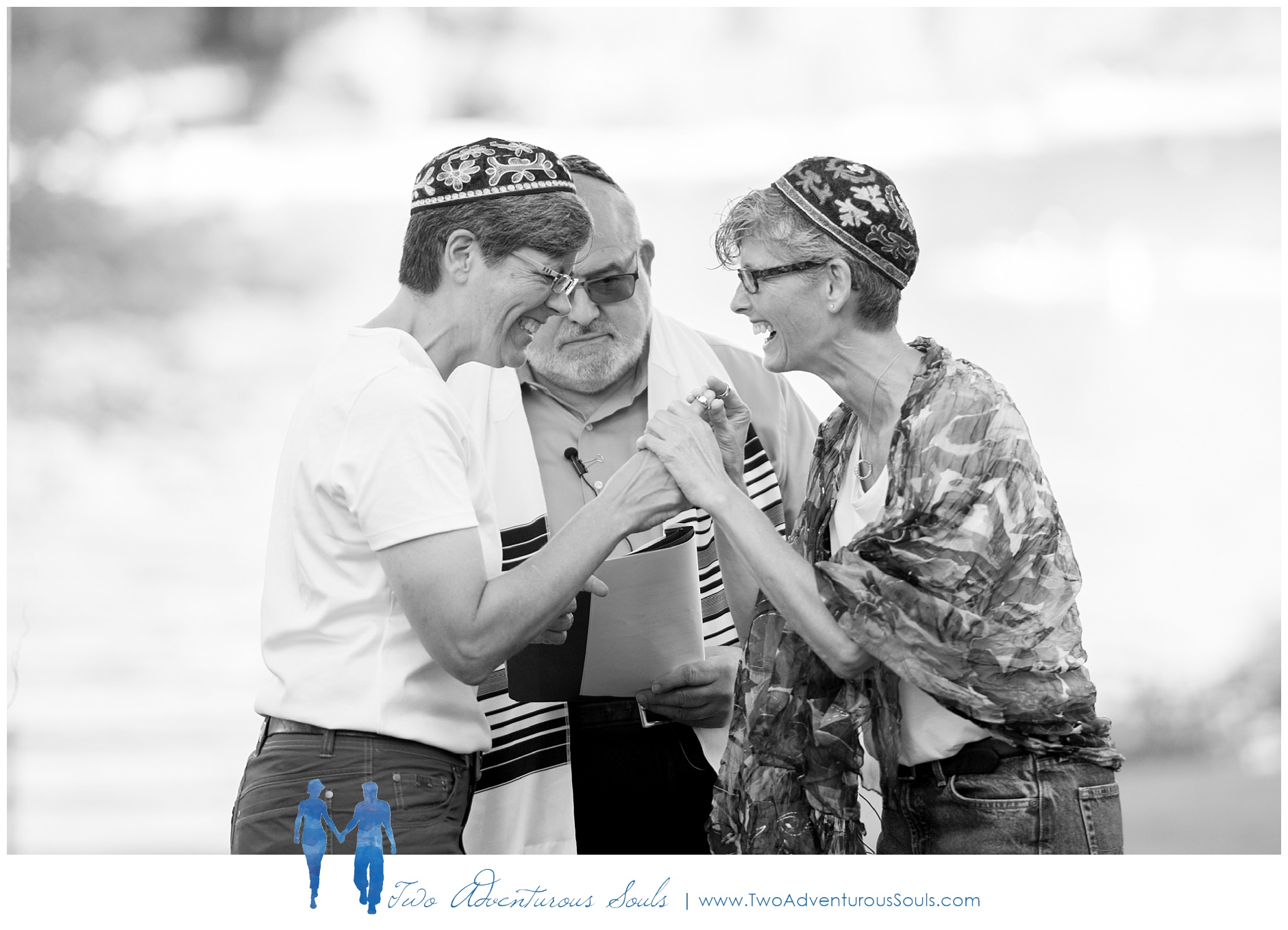 090217-Mindy-Karen-sneaks-72_WEB-Maine-Wedding-and-Portrait-Photographer.jpg