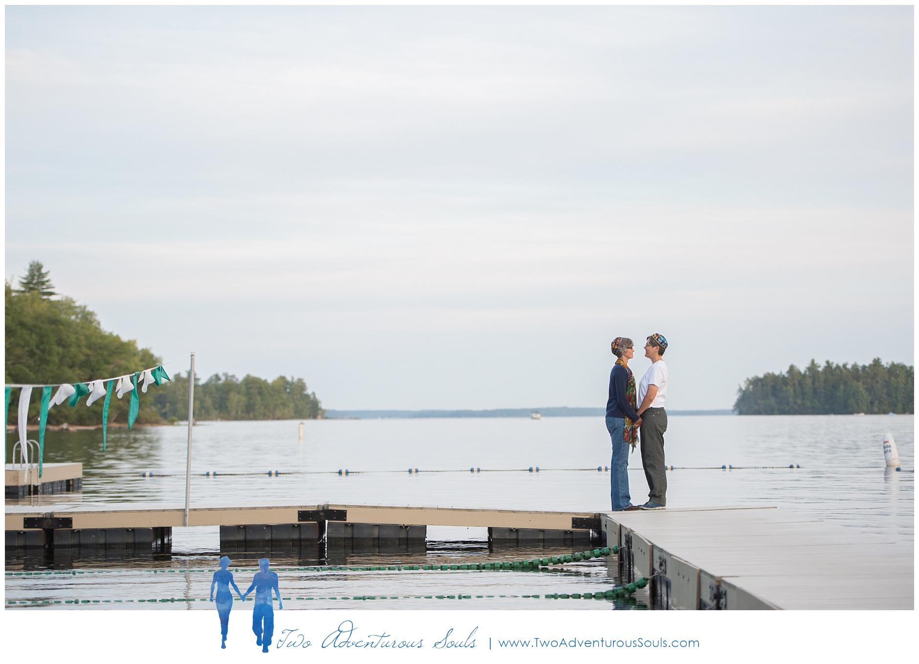 090217-Mindy-Karen-sneaks-78_WEB-Maine-Wedding-and-Portrait-Photographer.jpg