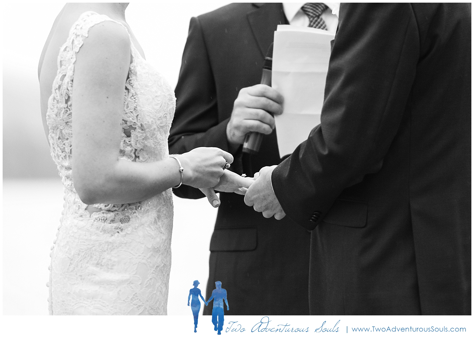 Portland-Headlight-Wedding-Proposal-Photographers-Maine-Wedding-Photographers_0400.jpg