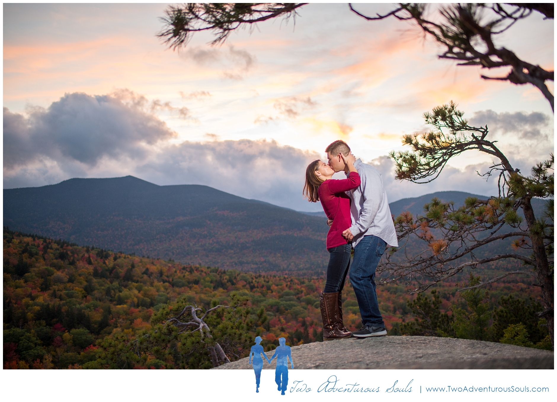 Cathedral Ledge Engagement - New Hampshire Wedding Photographers - Cathedral Ledge in Fall