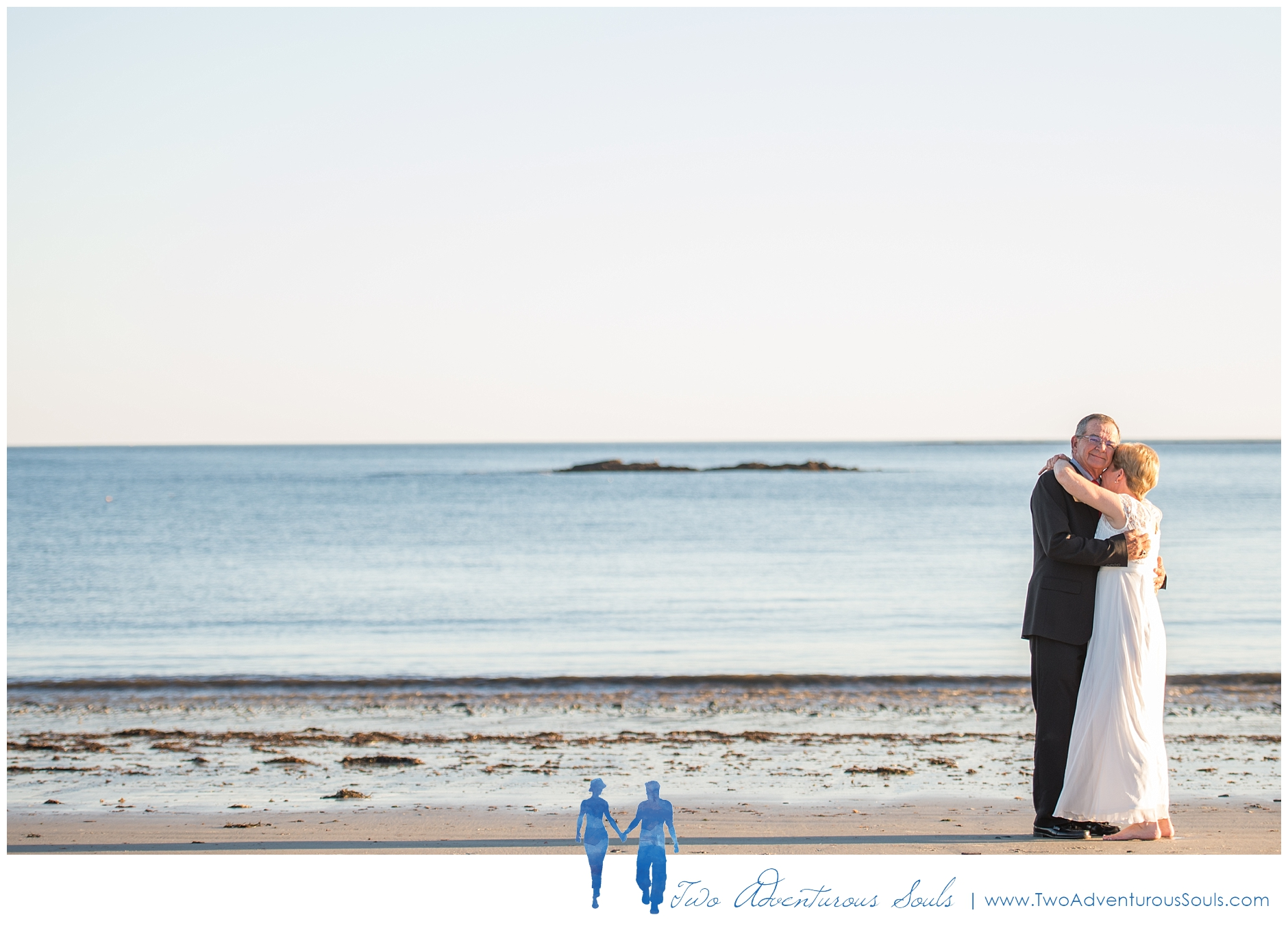 Inn By The Sea Wedding by Maine Wedding Photographers - 11
