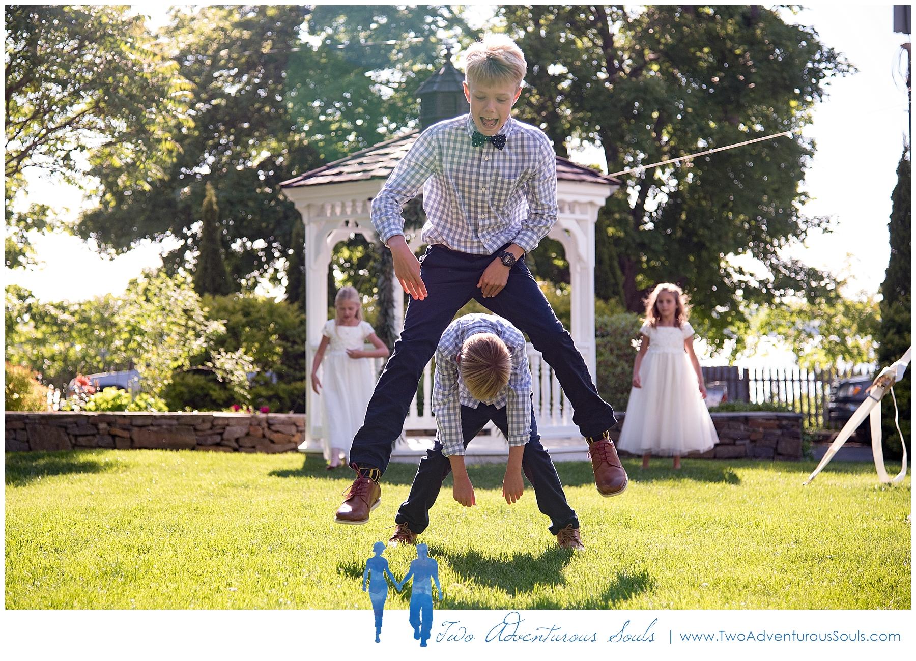 Inn-on-Peaks-Island-Wedding-Maine-Wedding-Photographers_0033.jpg