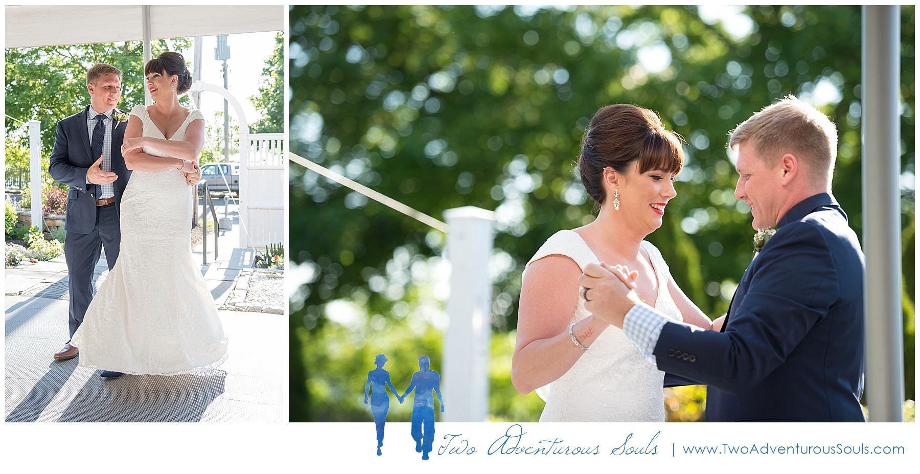 Inn-on-Peaks-Island-Wedding-Maine-Wedding-Photographers_0035.jpg