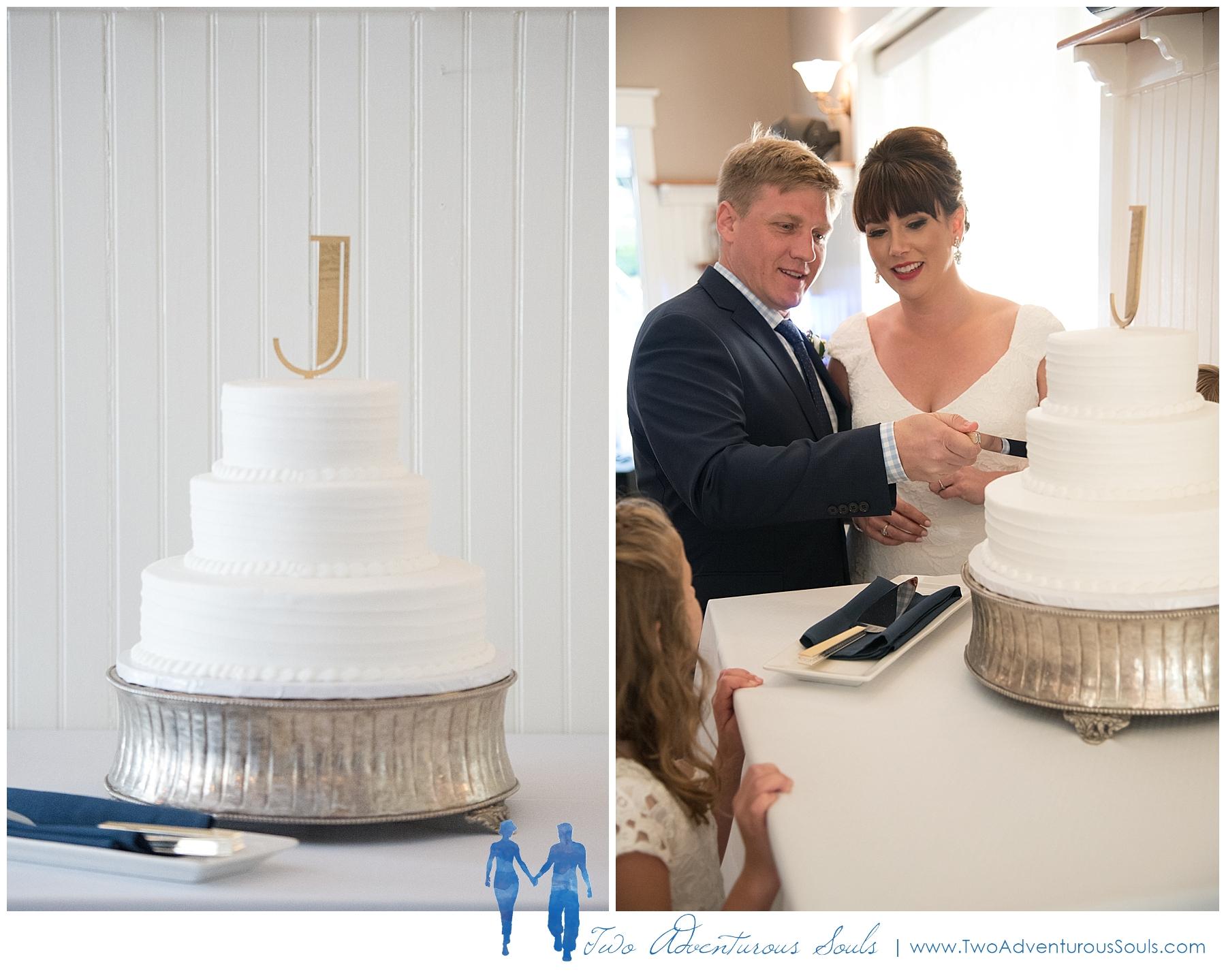 Inn-on-Peaks-Island-Wedding-Maine-Wedding-Photographers_0038.jpg