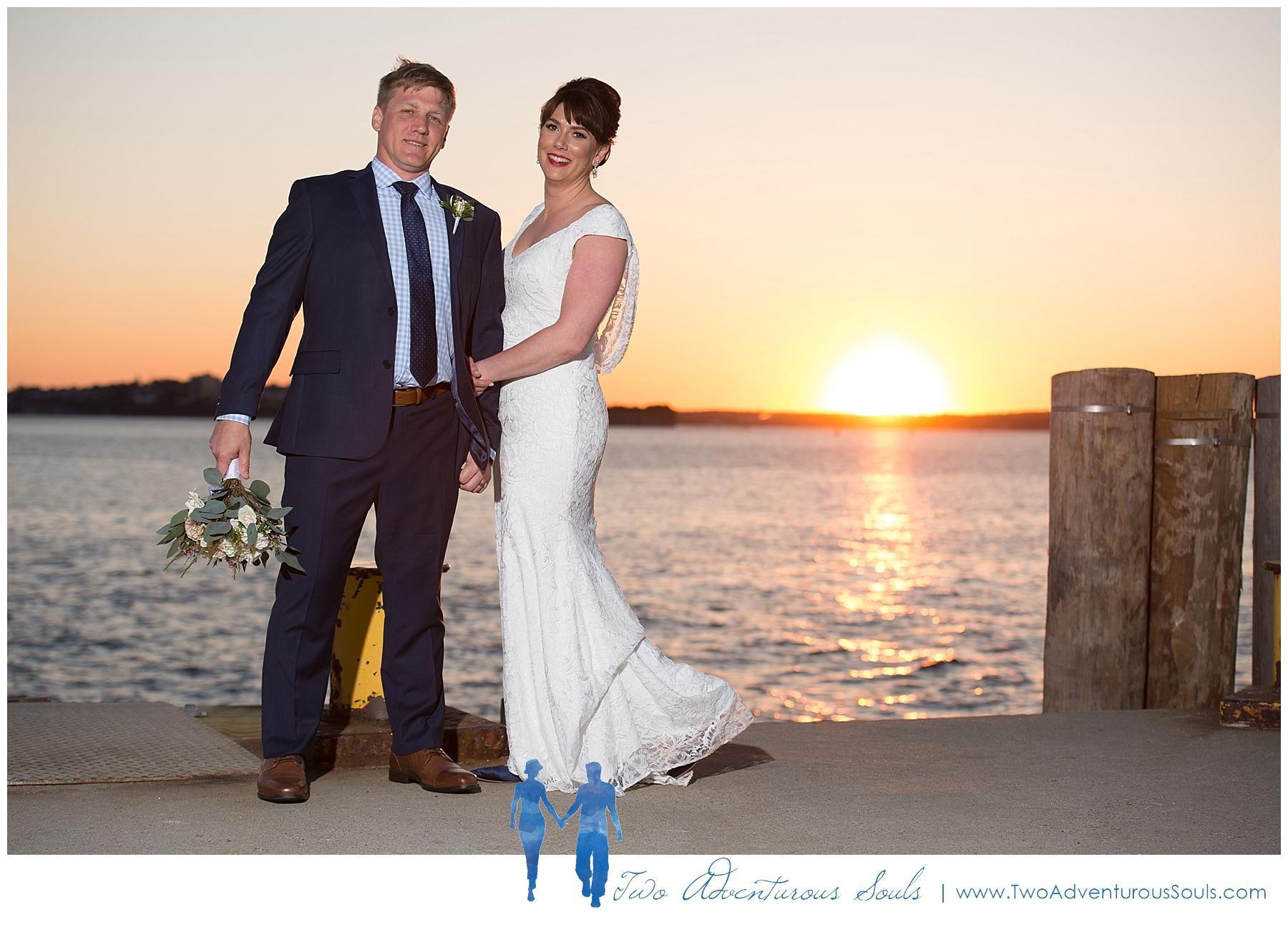 Inn-on-Peaks-Island-Wedding-Maine-Wedding-Photographers_0044.jpg