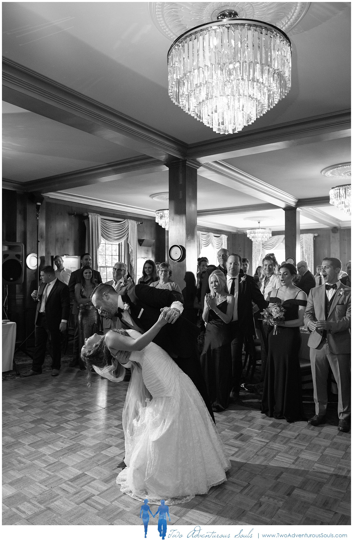 Colony-Hotel-Wedding-Kennebunkport-Wedding-Photographers-maine-Wedding-Photographers_0096.jpg