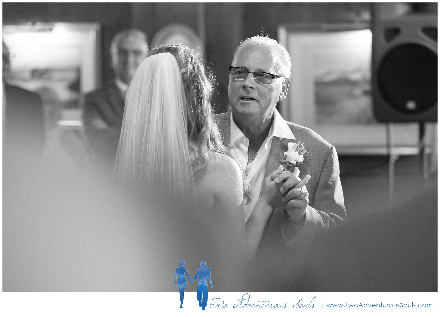 Colony-Hotel-Wedding-Kennebunkport-Wedding-Photographers-maine-Wedding-Photographers_0097.jpg