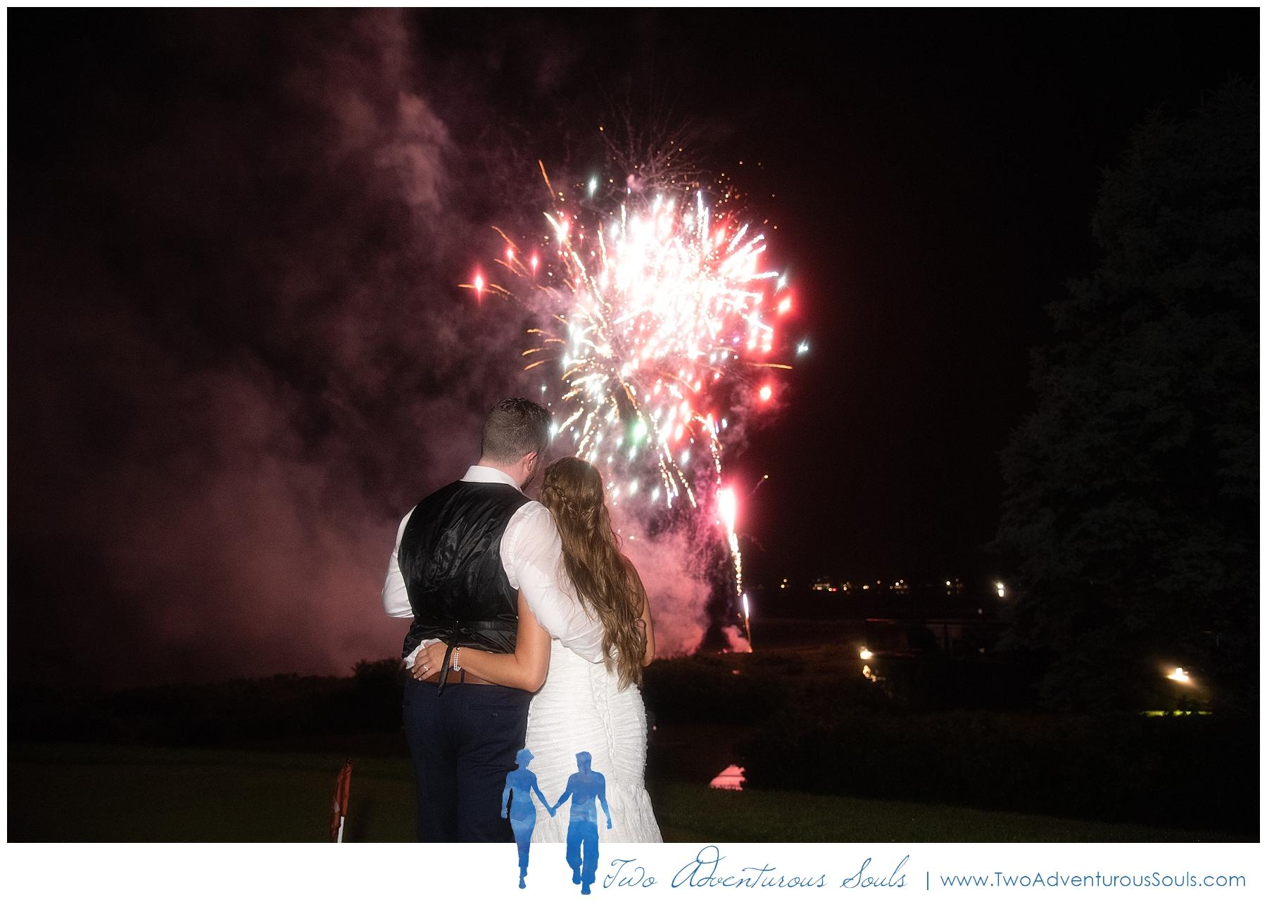 Colony-Hotel-Wedding-Kennebunkport-Wedding-Photographers-maine-Wedding-Photographers_0114.jpg