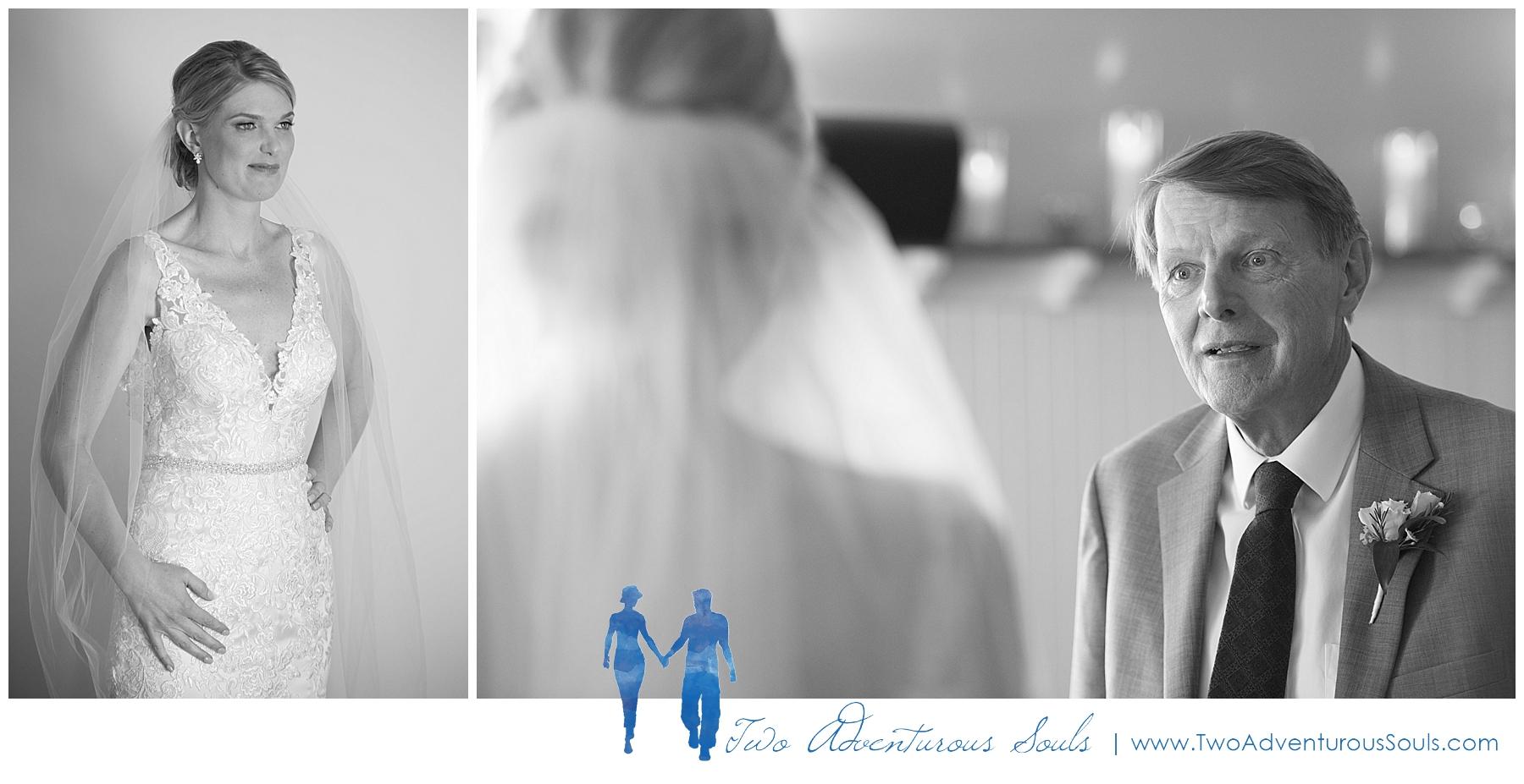Inn on Peaks Island Wedding by Maine Wedding Photographers -