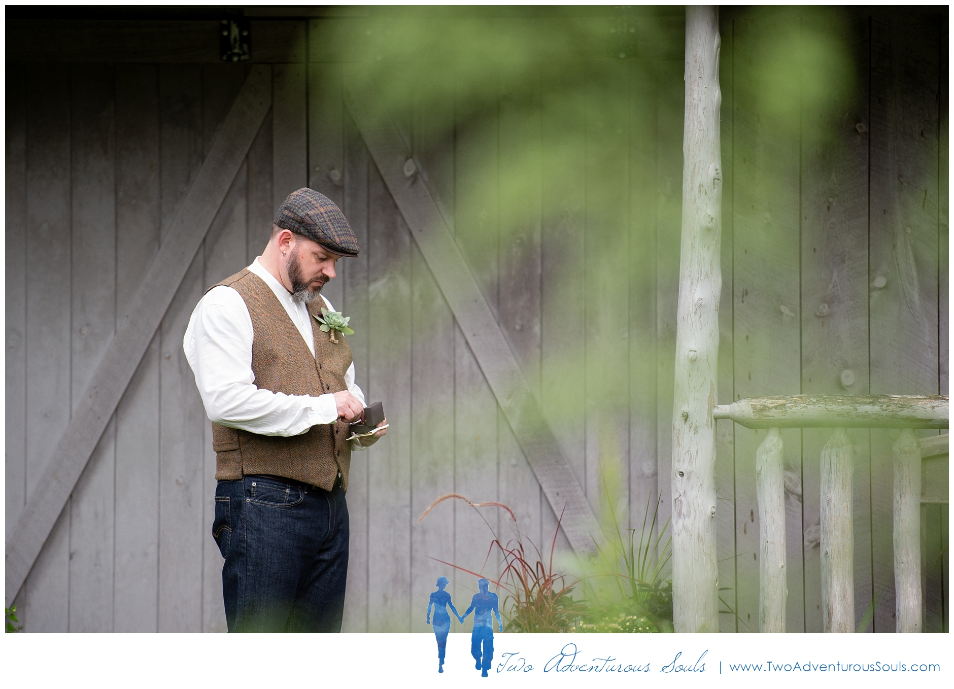 091218 - Chad & Kimmi - sneaks-12_Hidden Pond Wedding, Earth at Hidden Pond, Kennebunkport Wedding.jpg
