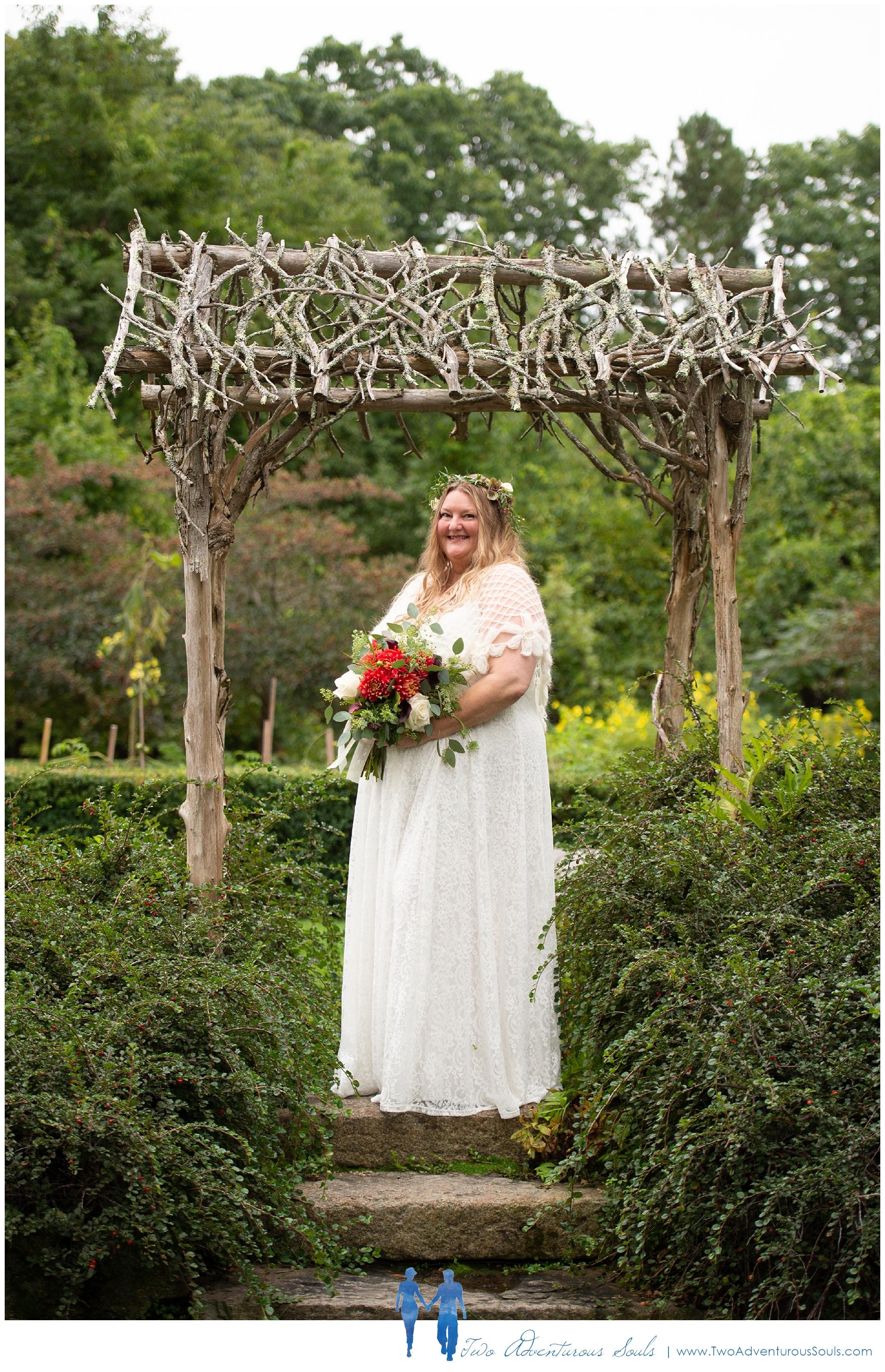 091218 - Chad & Kimmi - sneaks-30_Hidden Pond Wedding, Earth at Hidden Pond, Kennebunkport Wedding.jpg