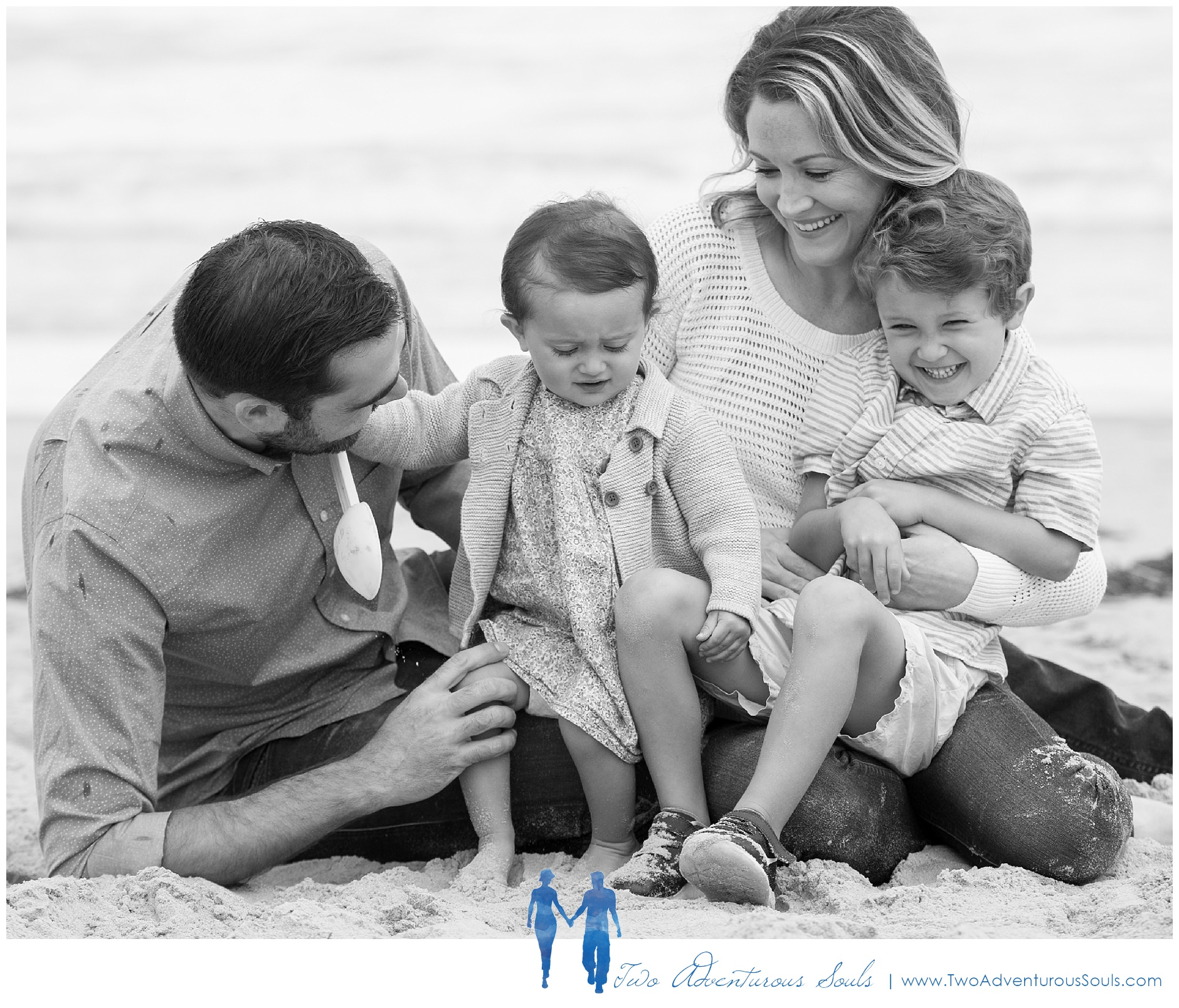 Ogunquit Family Portraits, Maine Family Photographer, Two Adventurous Souls_0003.jpg