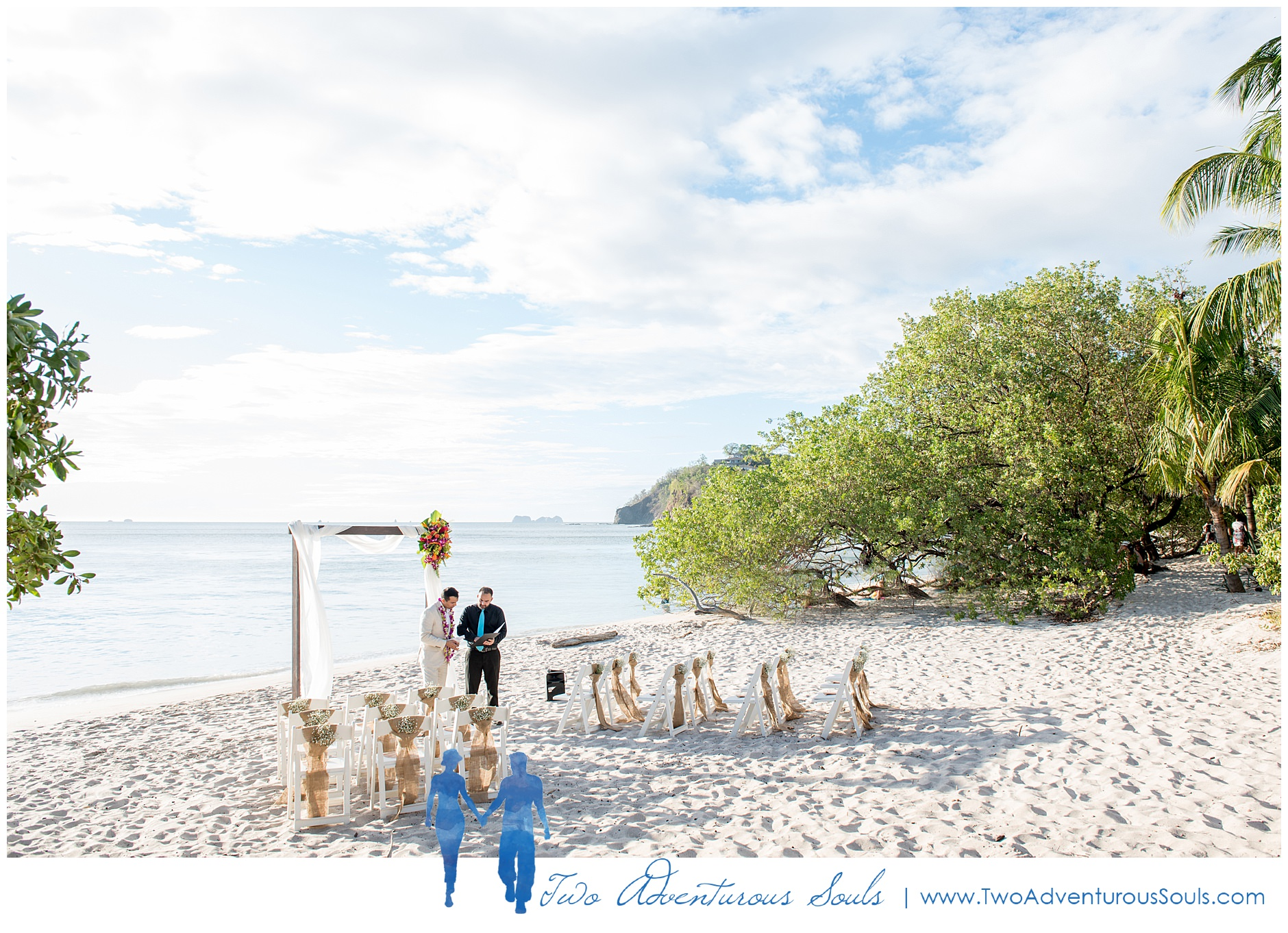 How to get married in Costa Rica, Costa Rica wedding photographers - HTGMICR_0004.jpg