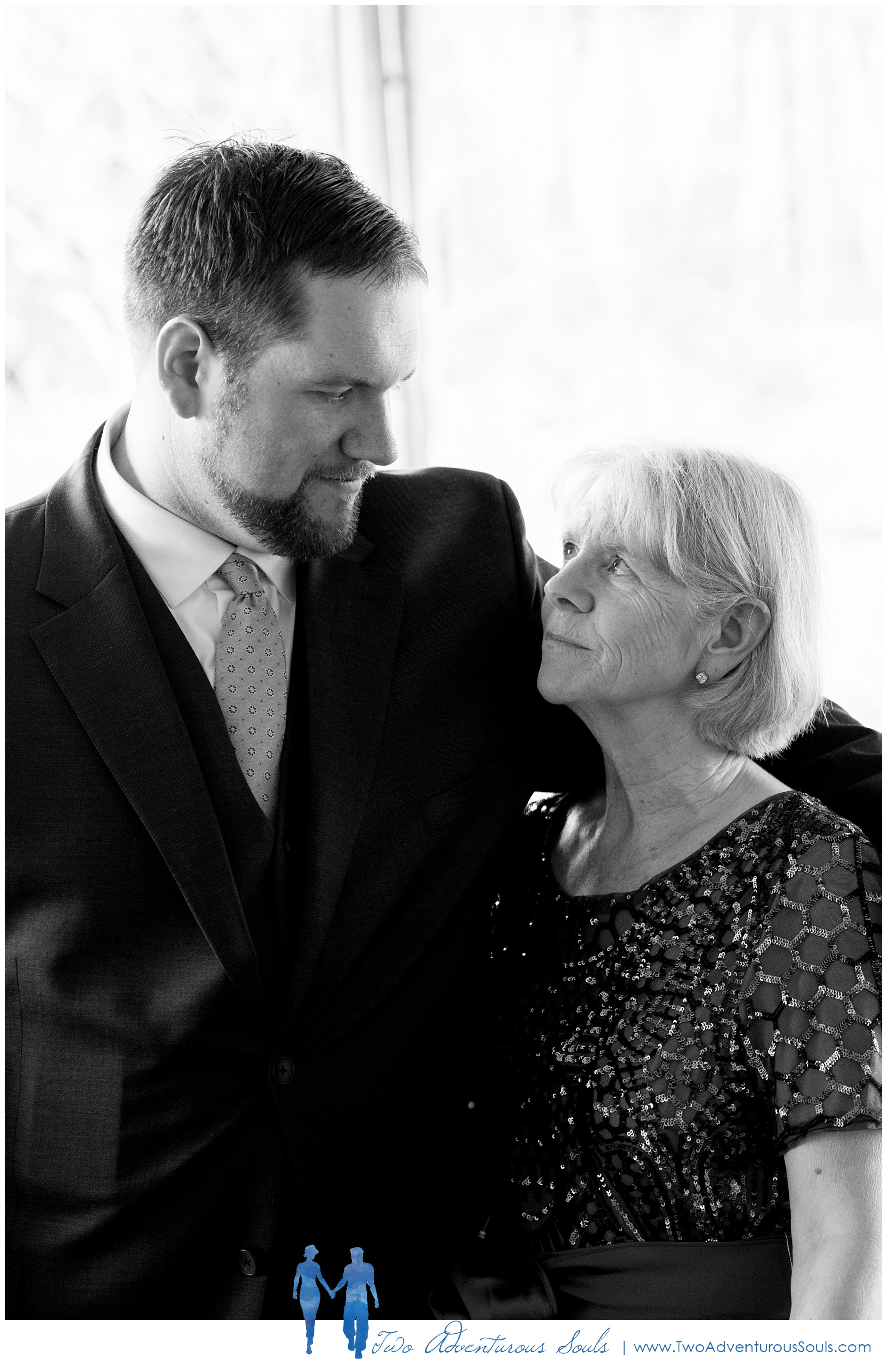 Maine Wedding Photographers, Stage Neck Inn Wedding Photographers, Two Adventurous Souls, 51819_0007.jpg
