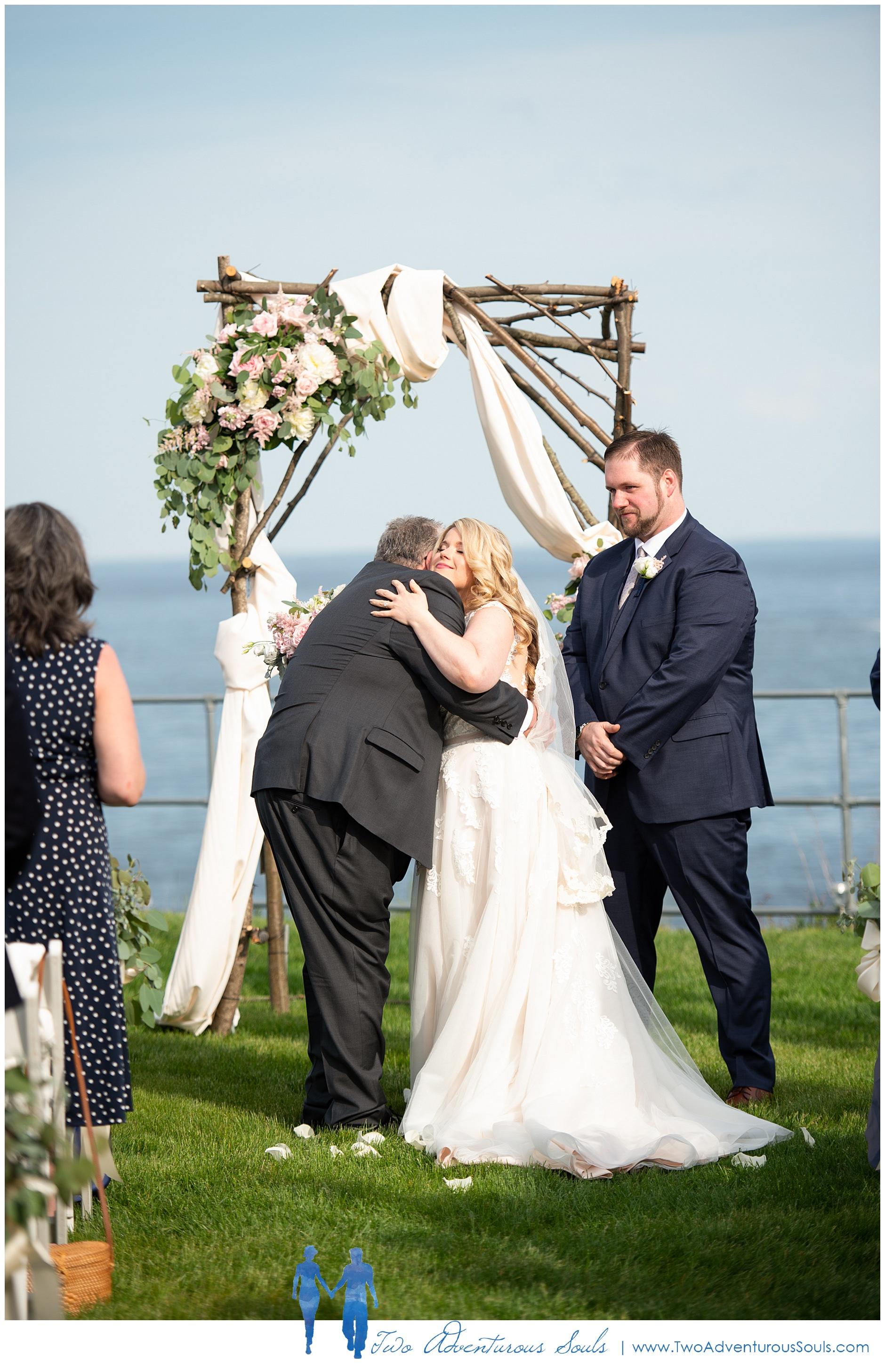 Maine Wedding Photographers, Stage Neck Inn Wedding Photographers, Two Adventurous Souls, 51819_0017.jpg
