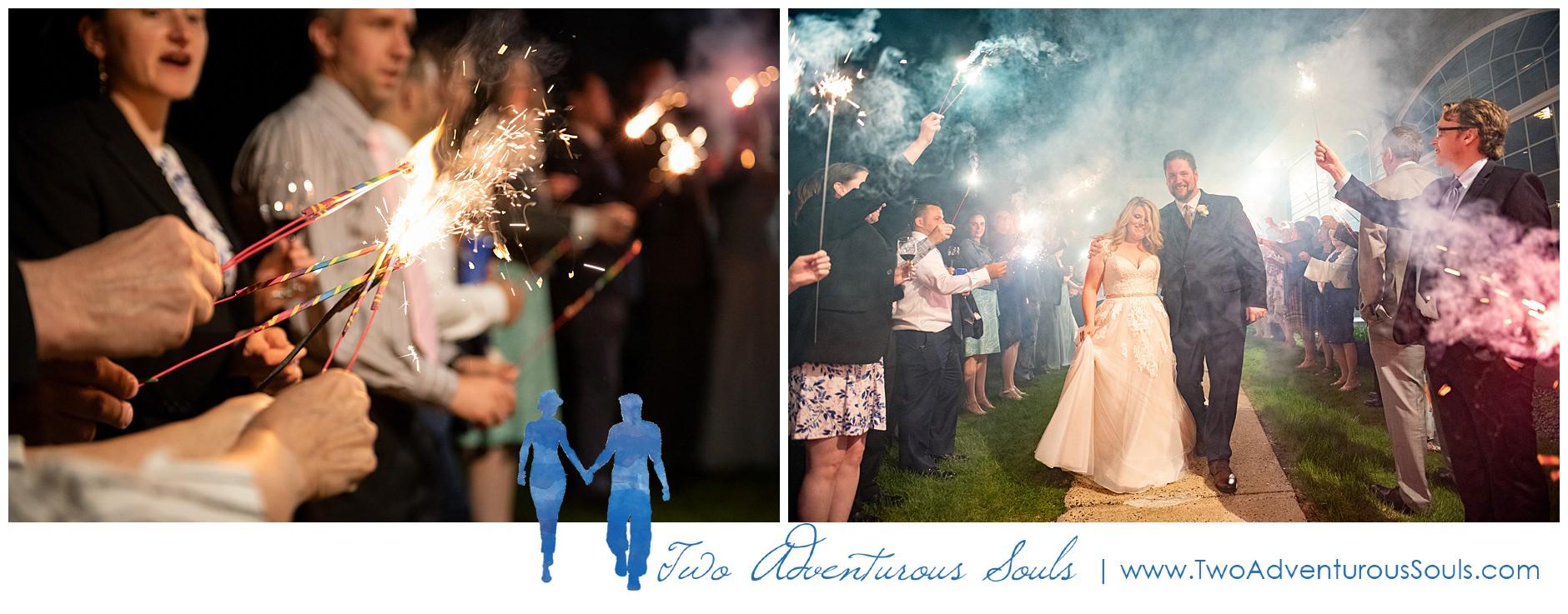 Maine Wedding Photographers, Stage Neck Inn Wedding Photographers, Two Adventurous Souls, 51819_0048.jpg