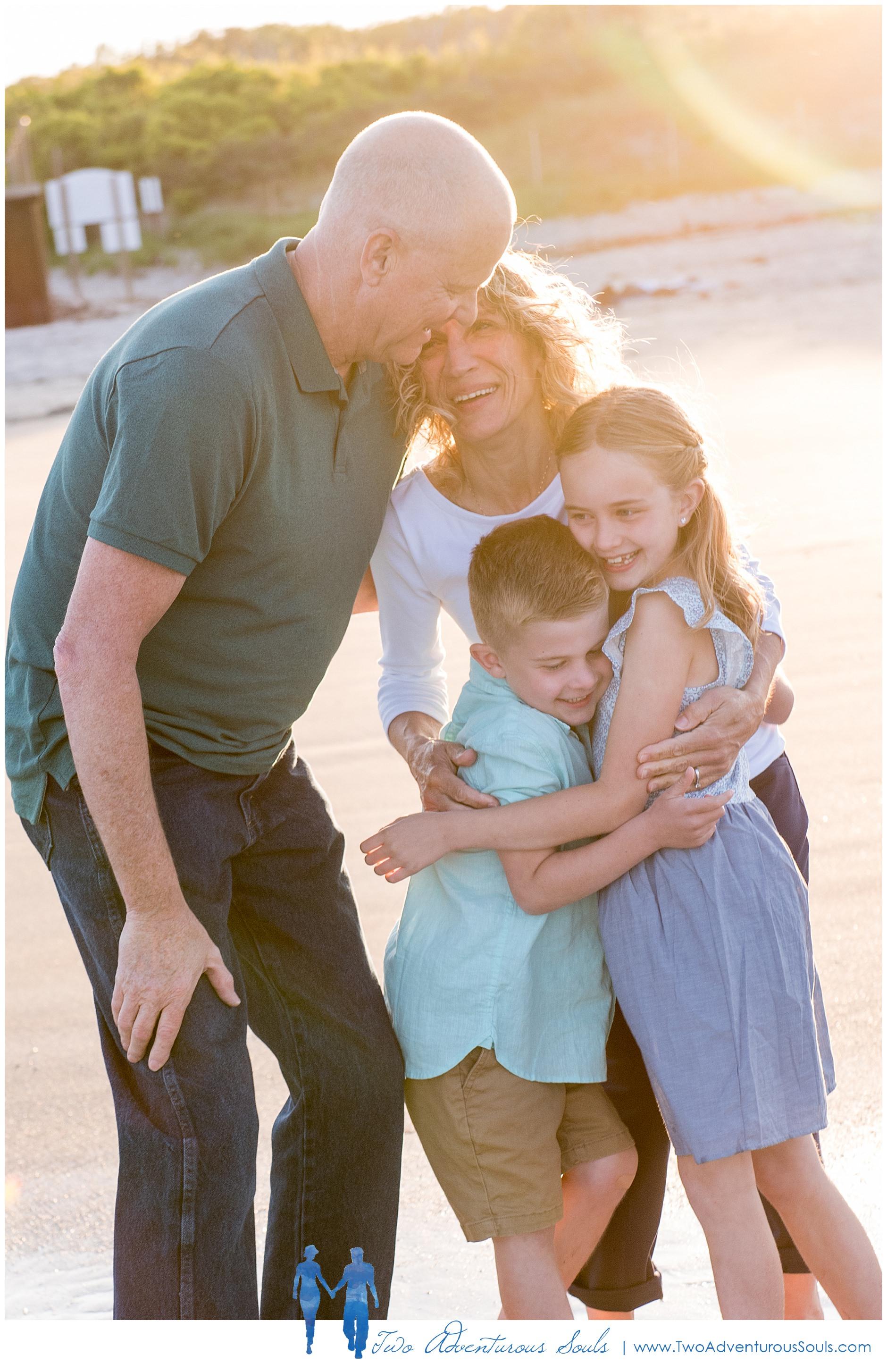 Maine Family Photographers, Ogunquit Beach Photographers, Two Adventurous Souls-AmyHFam_0007.jpg