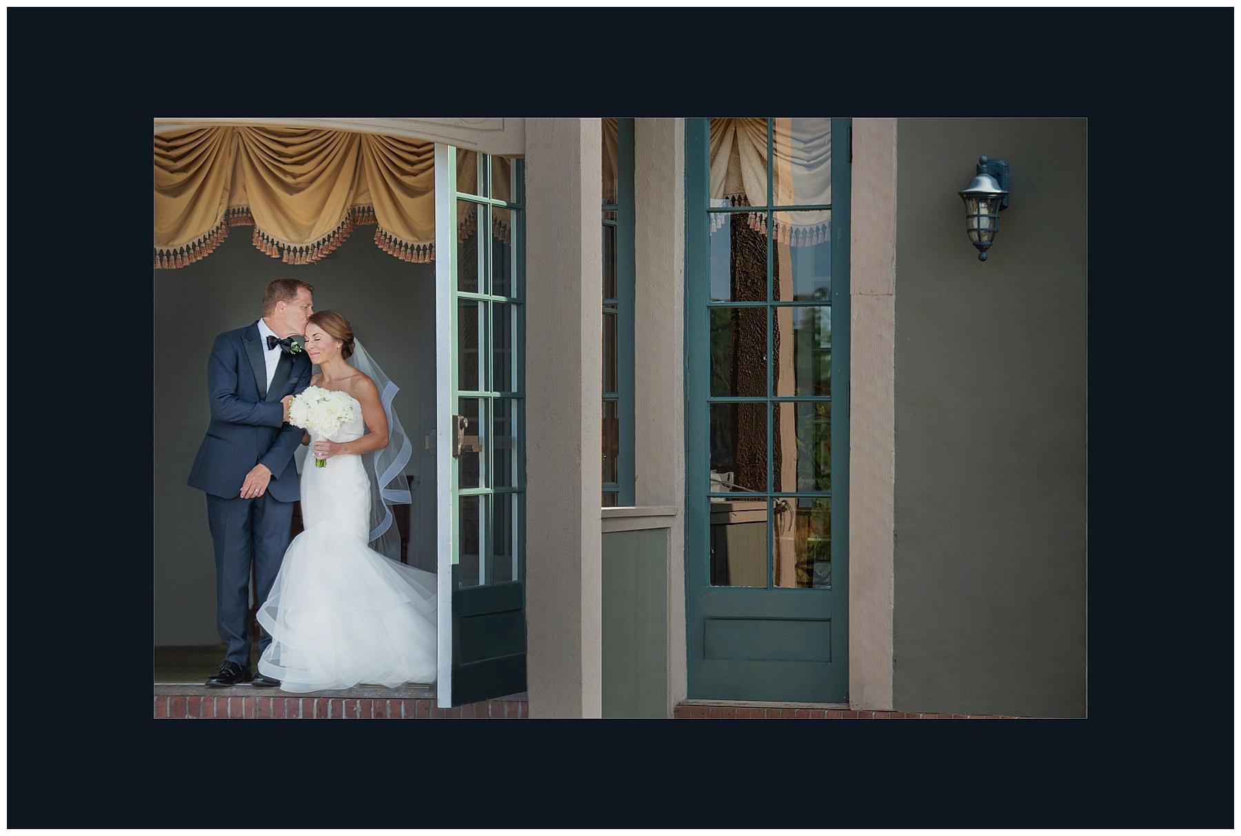 Award+Winning+Wedding+Photographers,+Two+Adventurous+Souls_0002.jpg