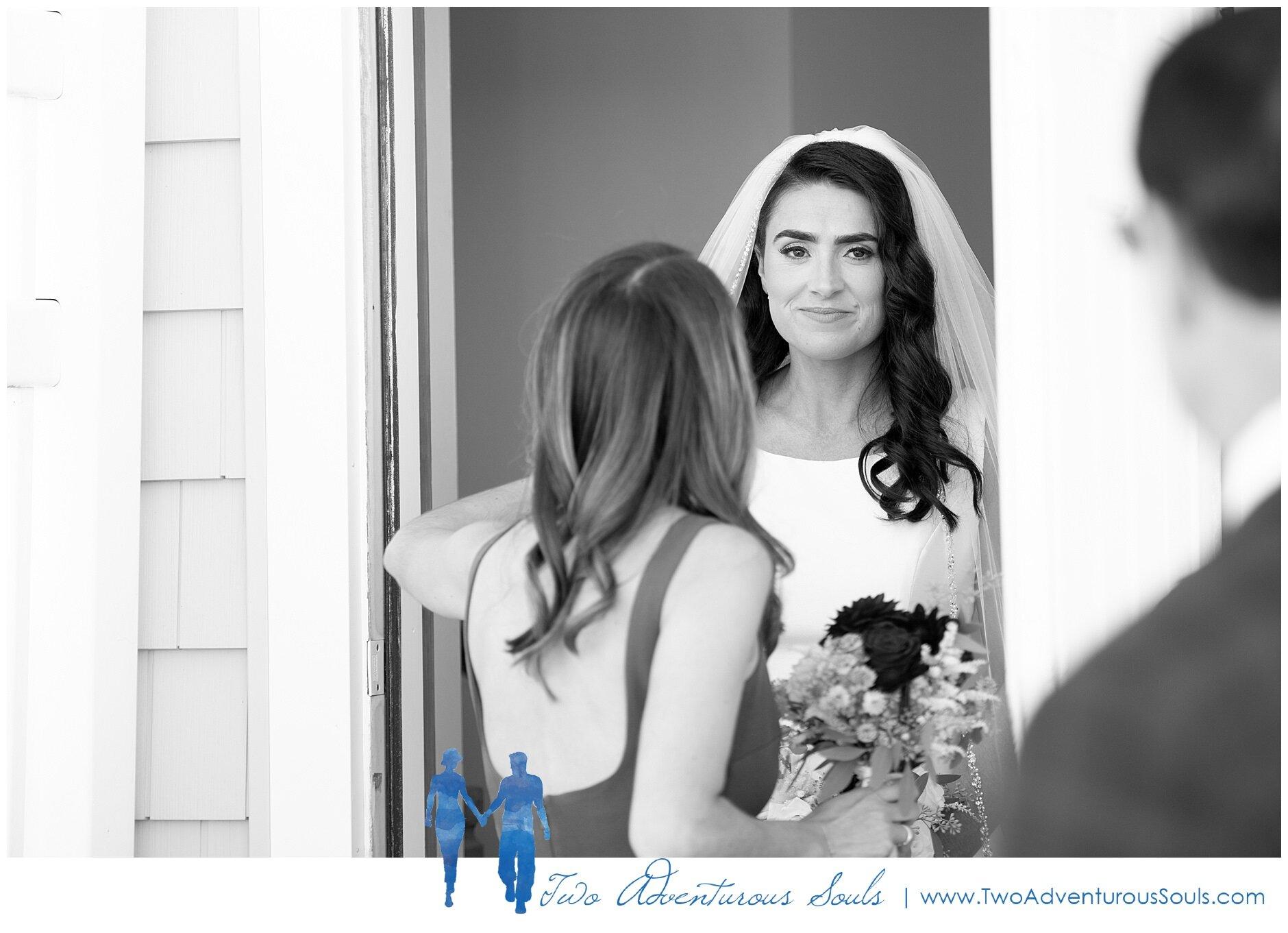 Maine Wedding Photographers, Nonantum Resort Wedding Photographers, Two Adventurous Souls- 100519_0025.jpg
