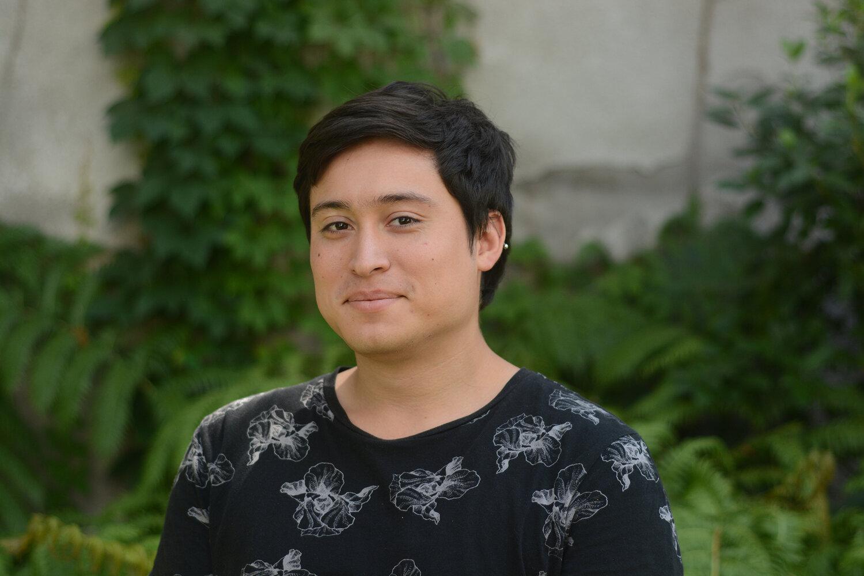 Luis Bustos.jpg