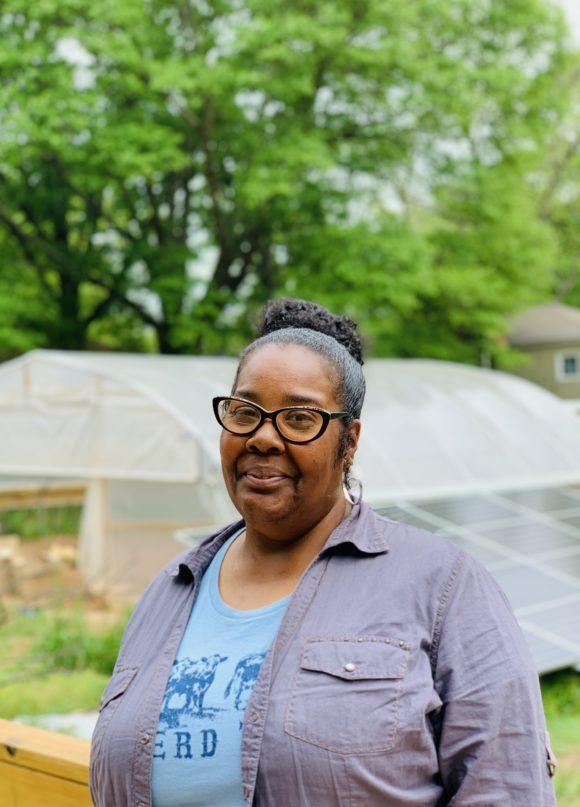 Gillaims-Community-Garden-Project-Madeline-Food-is-Medicine-Lovey-Gilliam-Farmer-2-580x807.jpg