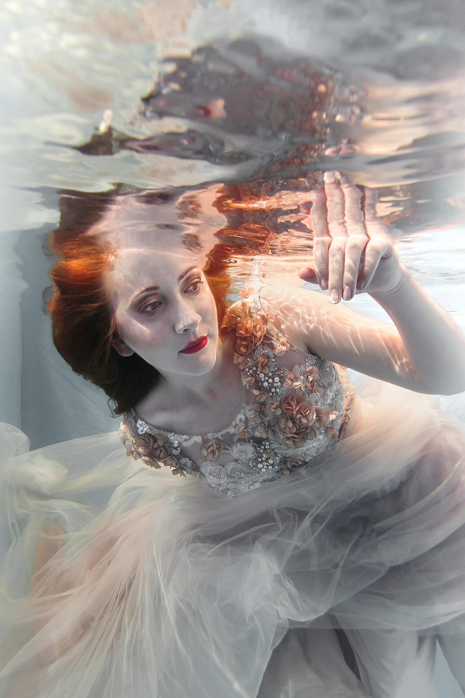 Ilse Moore Crystal portrait light_002.jpg