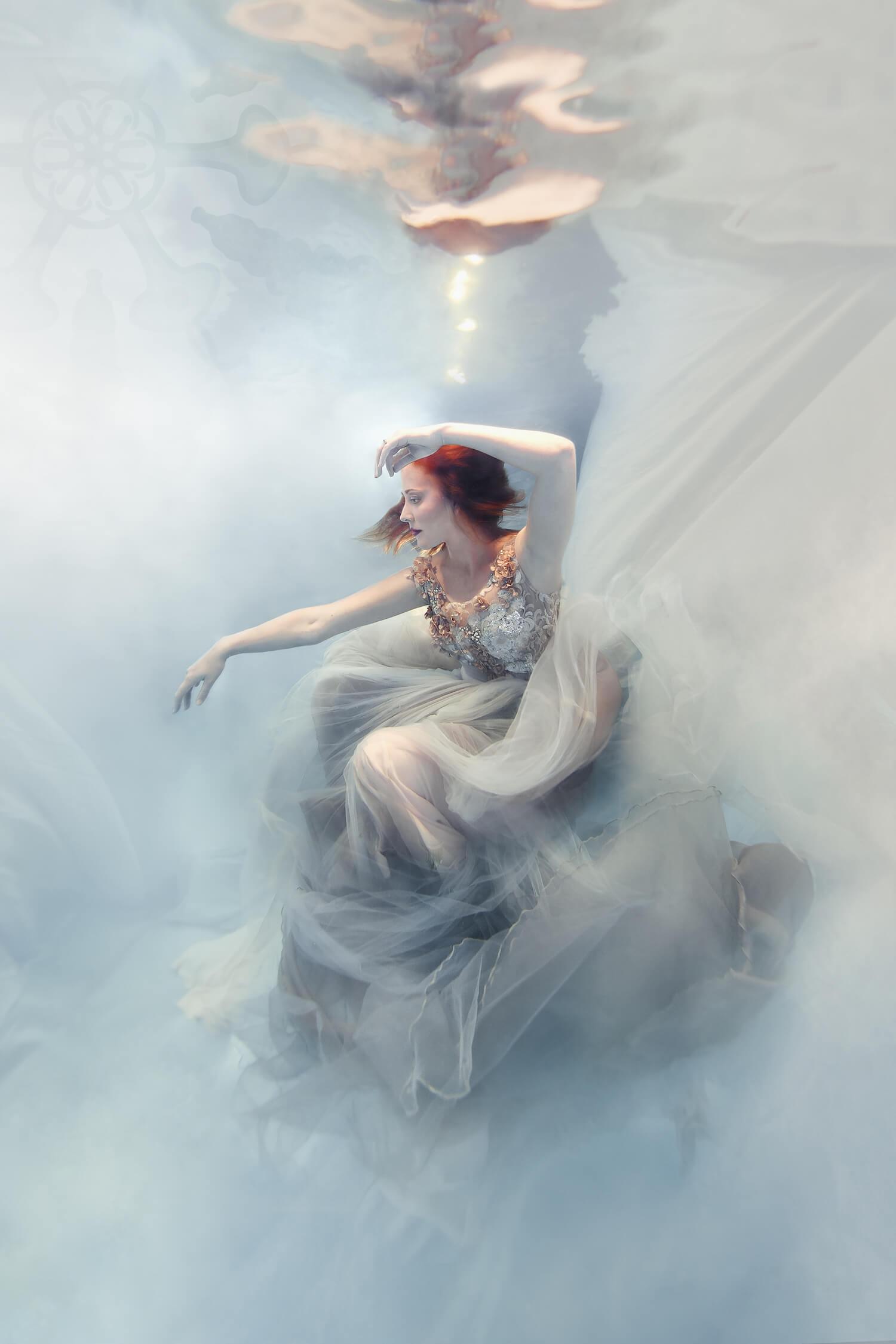 Ilse Moore Crystal portrait light_004.jpg