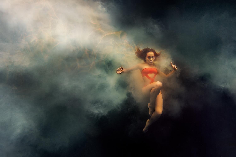 Ilse Moore underwater crystal cinema_007.jpg