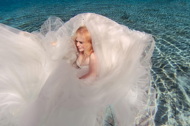 Ilse Moore underwater bridal_001.jpg