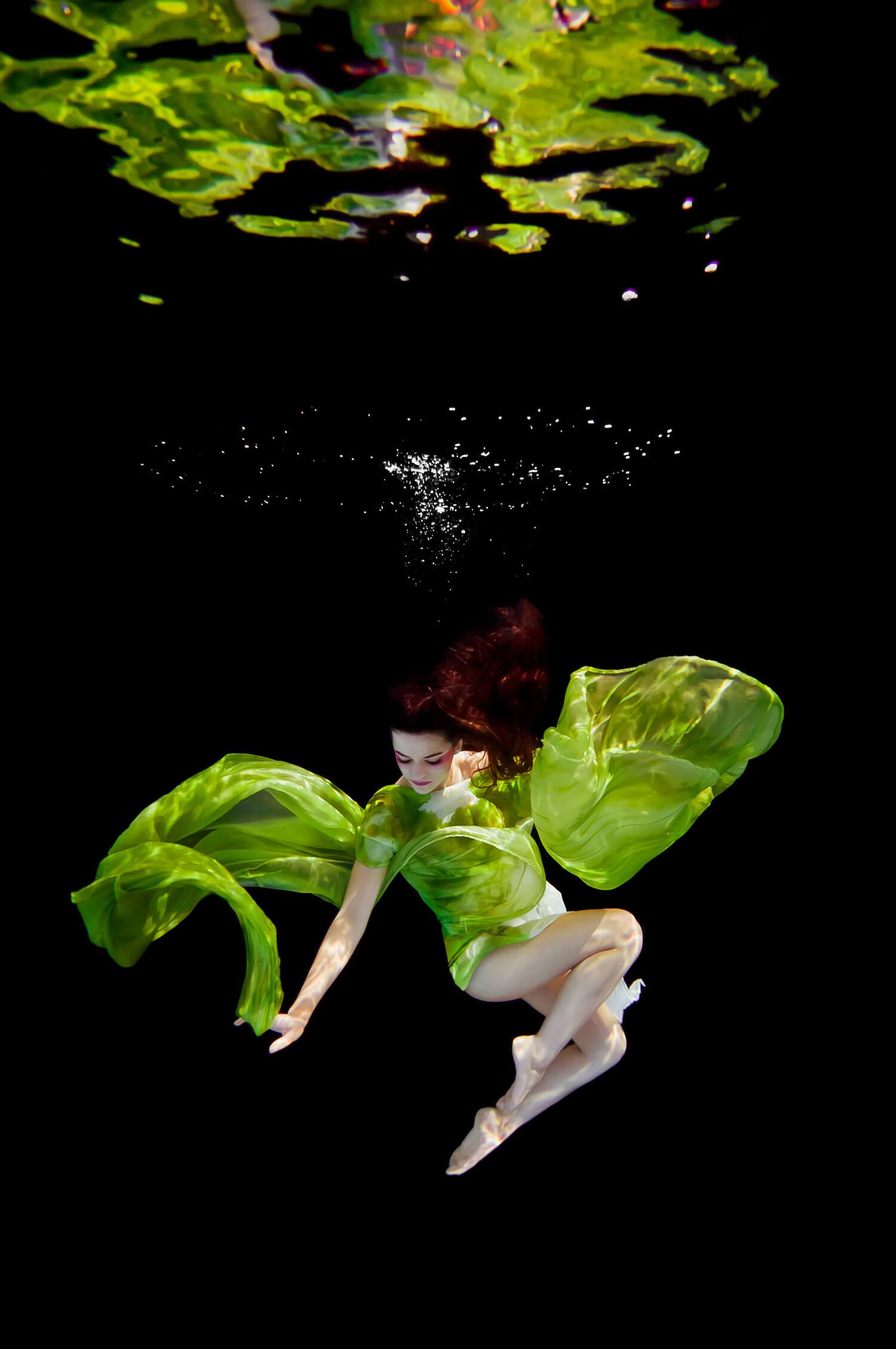 Ilse Moore underwater commercial advertising_001.jpg