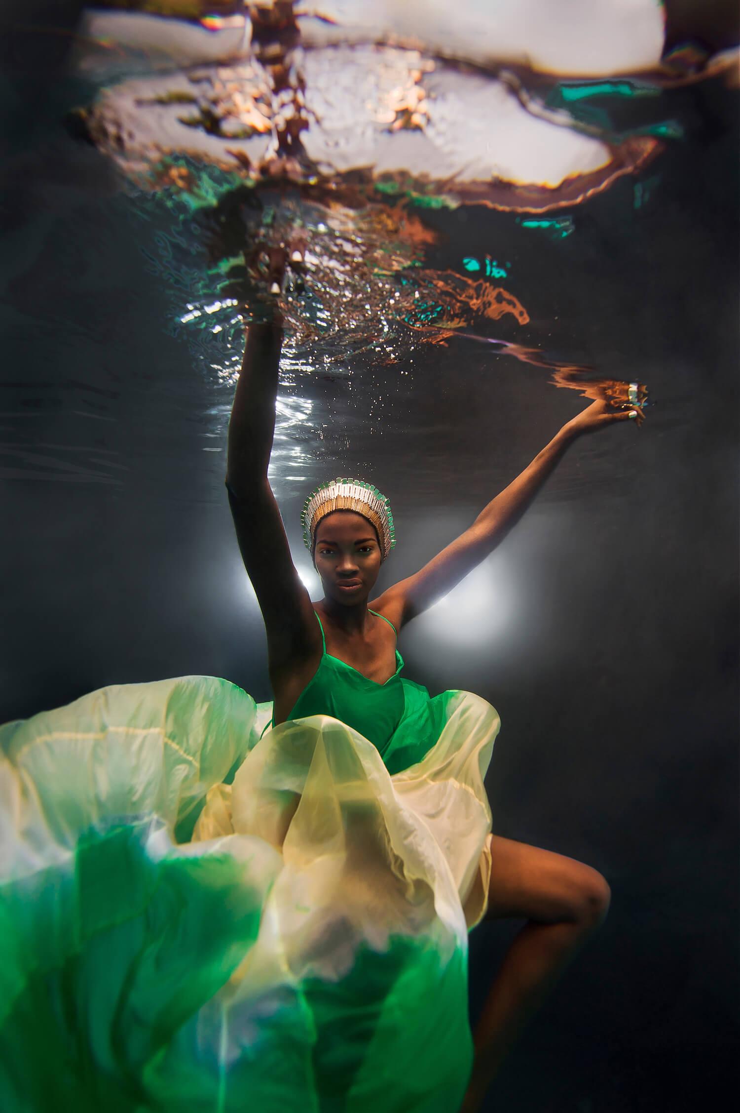 Ilse Moore underwater commercial advertising_002.jpg