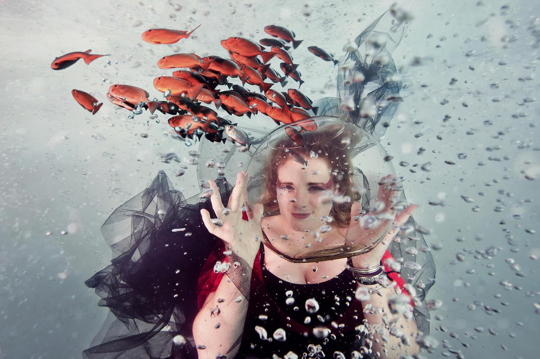 Ilse Moore underwater commercial advertising_005.jpg
