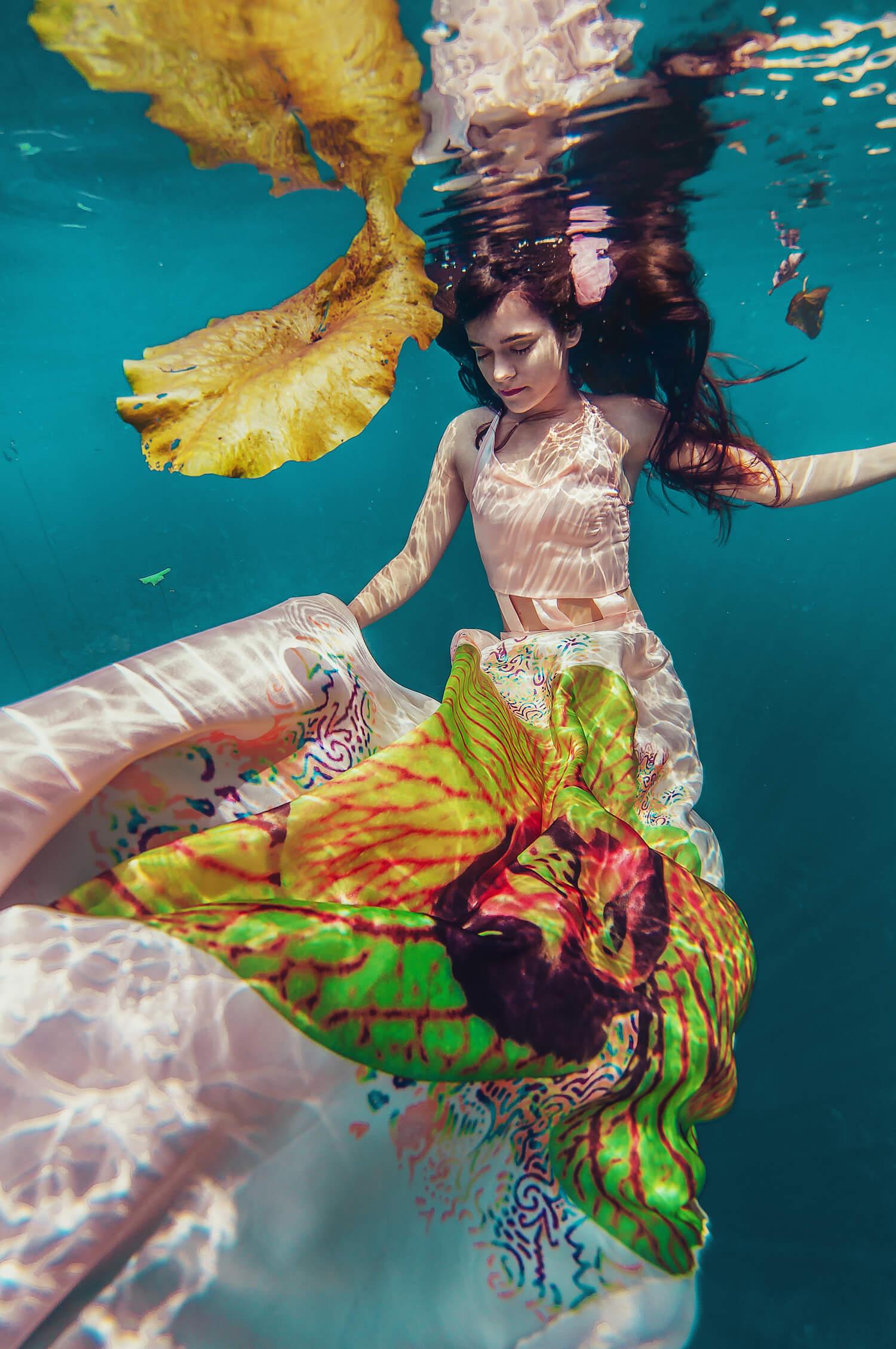 Ilse Moore underwater commercial private_002.jpg