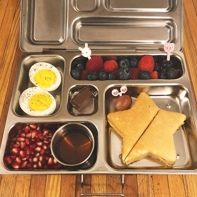 Our little one rarely eats lunch at school but he's really into breakfast. soooo fingers crossed my ( kinda desperate) logic works today🤞🏻🥞 . . . #trying #pickyeater #seriouslyyouneedtoeat #breakfastforlunch #kidslunchideas #planetbox #bentobox #kidslunch #lunchboxideas #schoollunch #lunchbox #packedlunch #raisingboys #fosterlove #fostercare #adoption #fosteringourfuture #lovemakesafamily #bellingham #washington #pnw