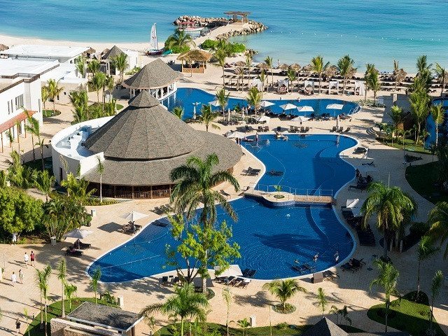 Photo by Royalton Luxury Resorts, Royalton White Sands, Montego Bay, Jamaica