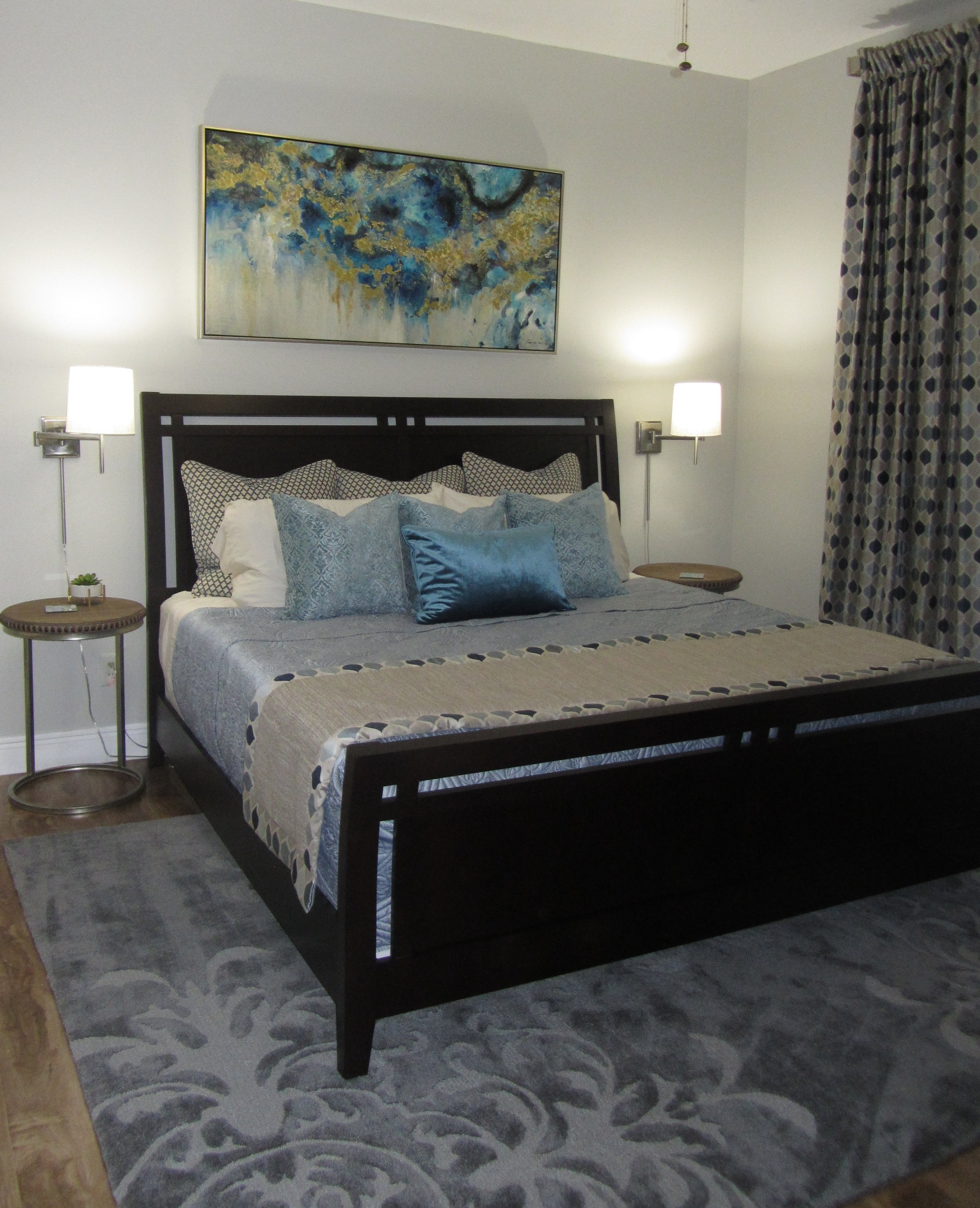 master+bedroom+picture+blue