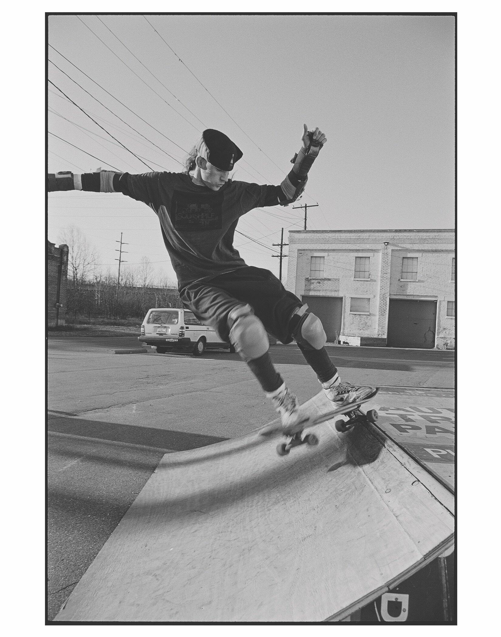 Chris skating at CURVE 1990.jpg