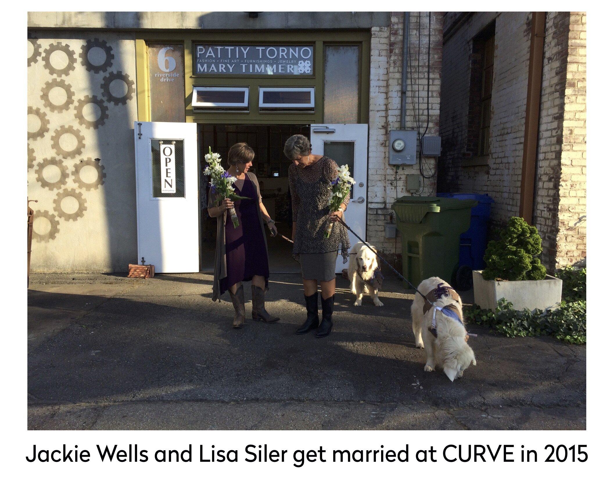 Jackie Wells Lisa Siler marriage 2015.jpg