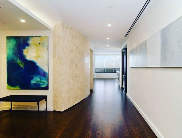 Come on in!  #HappilyEverAlways #Chicago #broker #invest #CondosForSale #luxury #home #GoldCoast #Streeterville #WaterTower #180EPearson4601 #60611 #condo #lifestyle #urban #MillionDollarListings #foyers #city #MillionDollarPropert #welcome  #entryway #buyers #space #enter #instahome #interiors #GetListed  #LuxuryRealEstate