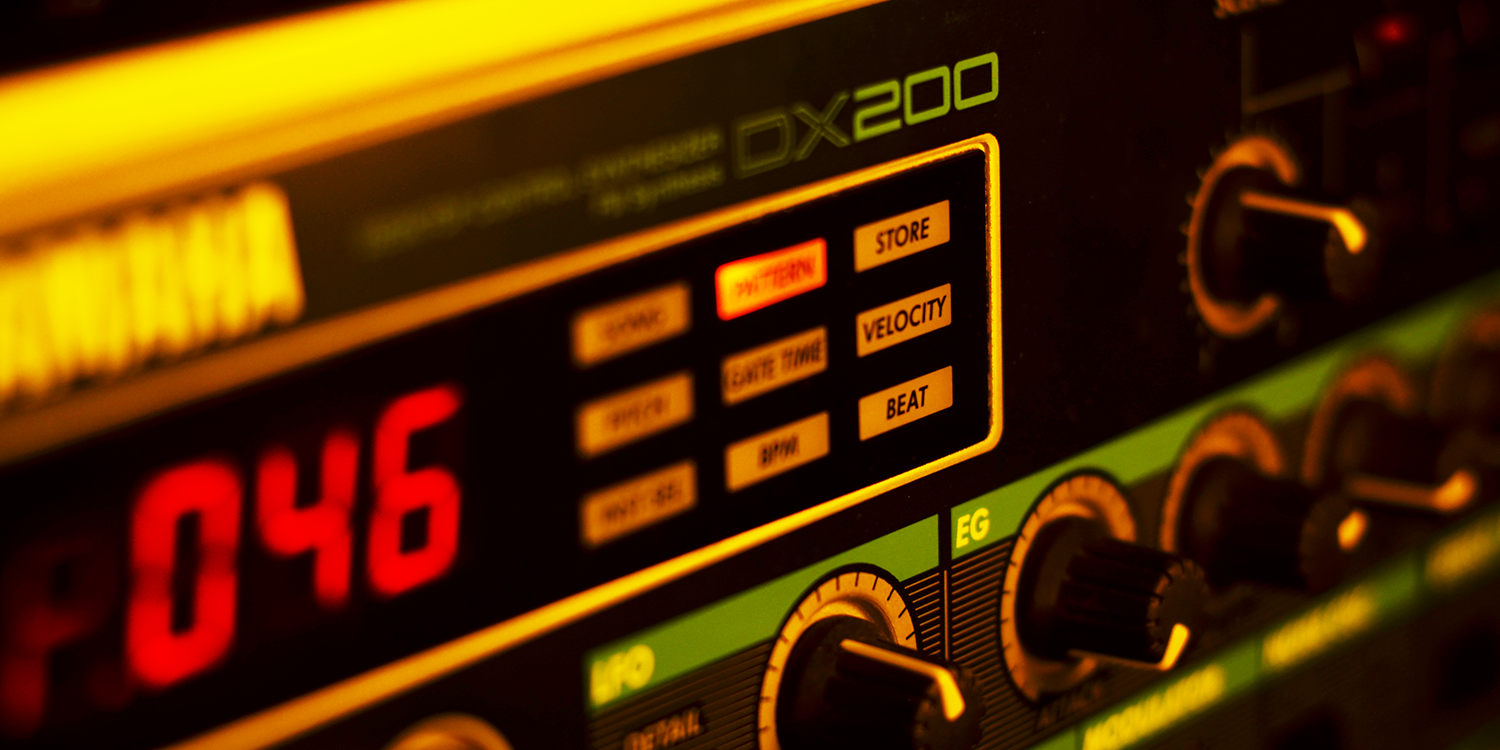 Yamaha DX-200     Sync Master    > Audio Out Jitter - 38 samples (0.79ms)    Sync Slave - MIDI Clock    > Audio Out Jitter - 58 samples (1.21ms) > Start Latency - 285 samples (5.91ms)