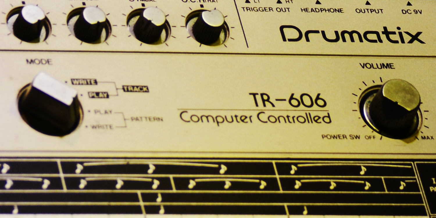 Roland TR-606     Sync Master    > Audio Out Jitter - 104 samples (2.17ms)    Sync Slave - Din Sync    > Audio Out Jitter - 105 samples (2.19ms) > Start Latency - TBC