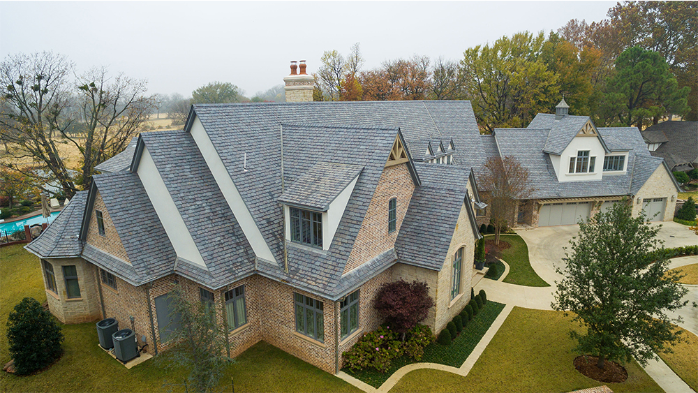Oklahoma residential home with a roof by Elliott Roofing
