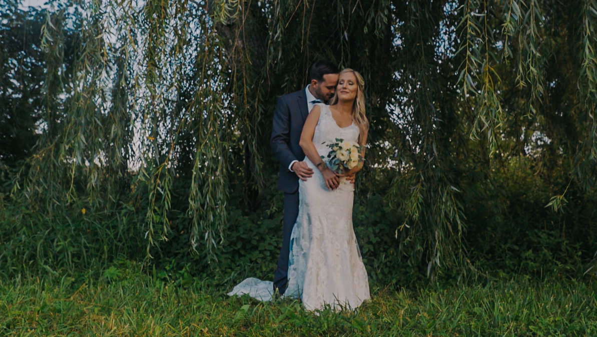 Molly +Jeff - See their Story