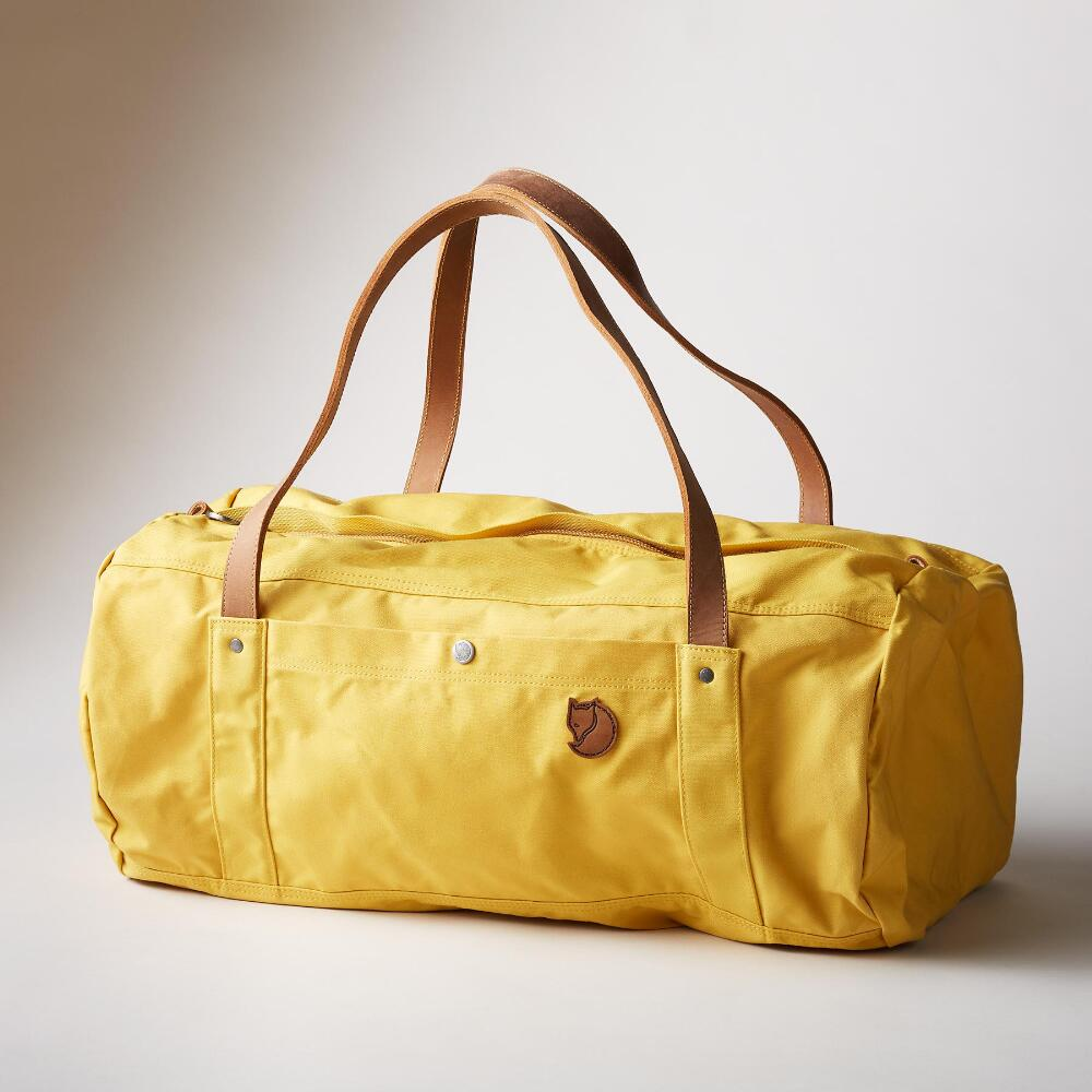 Fjällräven Duffel No. 4 categorizes within SEO. I researched, drafted, and published this article on Wordpress (ThriveArchitect). The final project reads a vibrant guide, meticulous detail to grammar, and the keywords requested. Find the published piece  here .