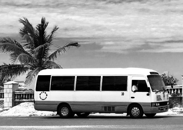 Number 10 Bus: Sandy Port - Nassau, The Bahamas