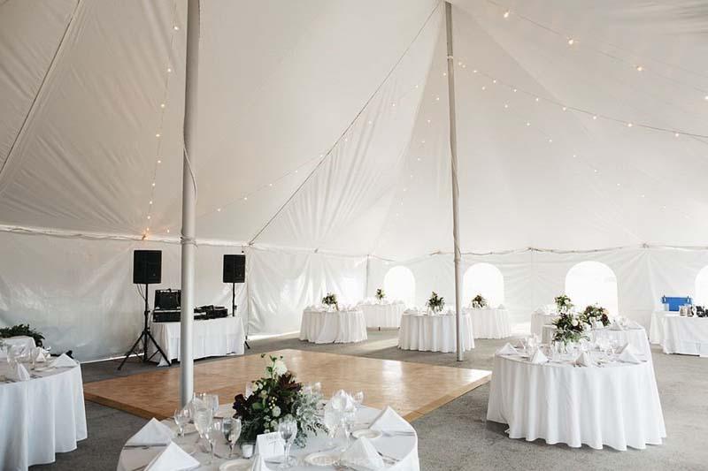 white-wedding-dance-floor.jpg