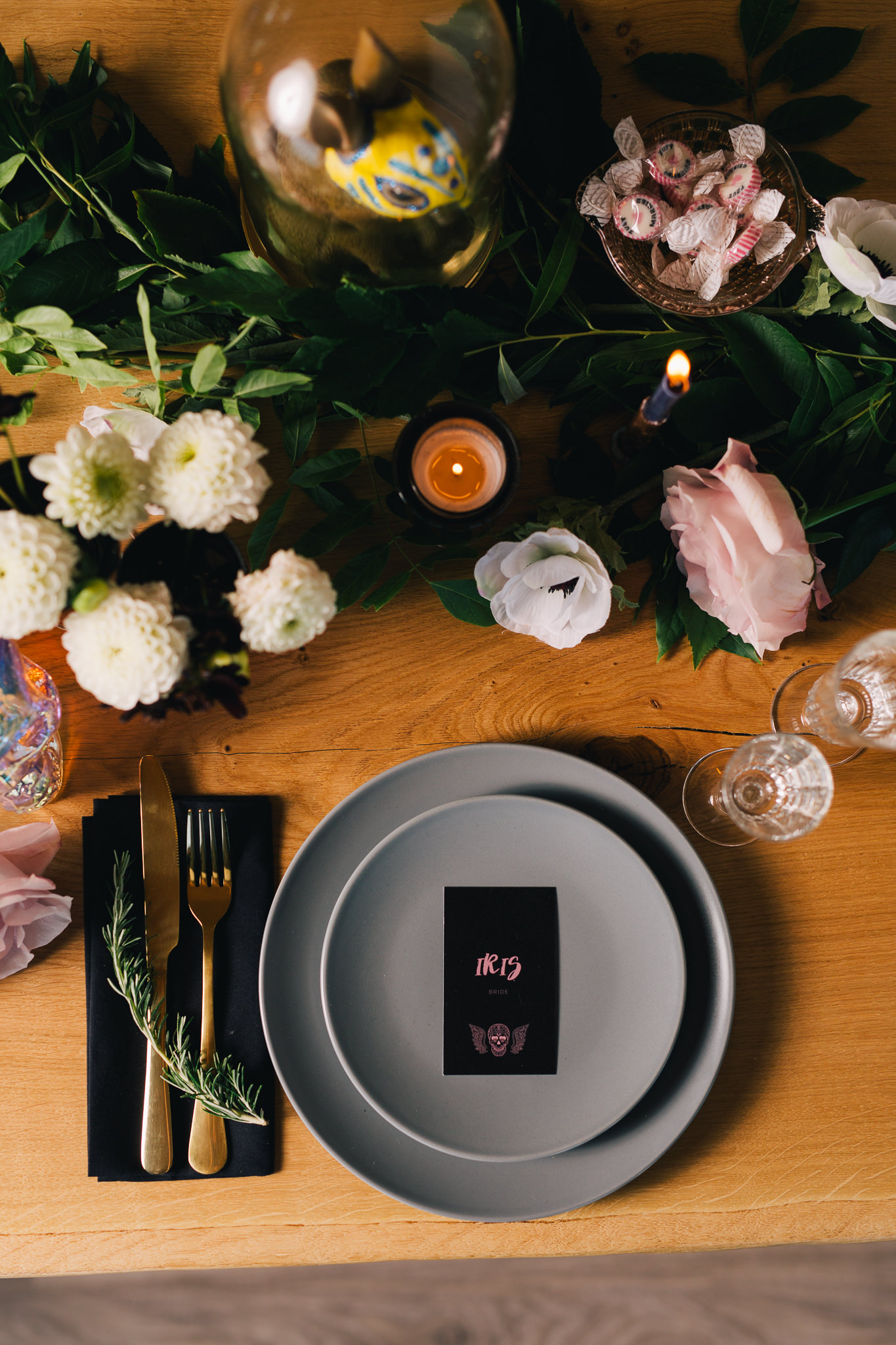 Rock'n'Roll Wedding table setting | Image courtesy of Adj Brown